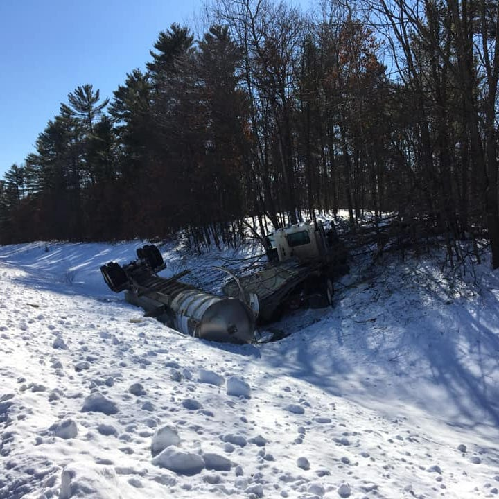 Milk truck crashes in Wood County town of Dexter