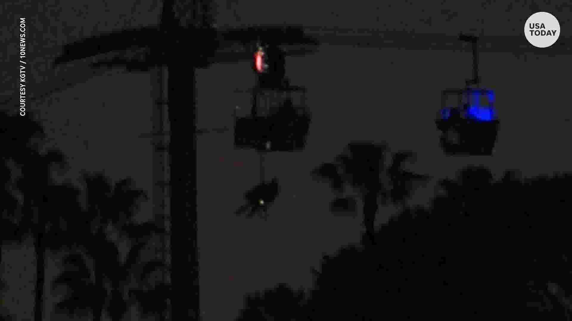 SeaWorld ride passengers rescued from malfunctioning sky gondolas
