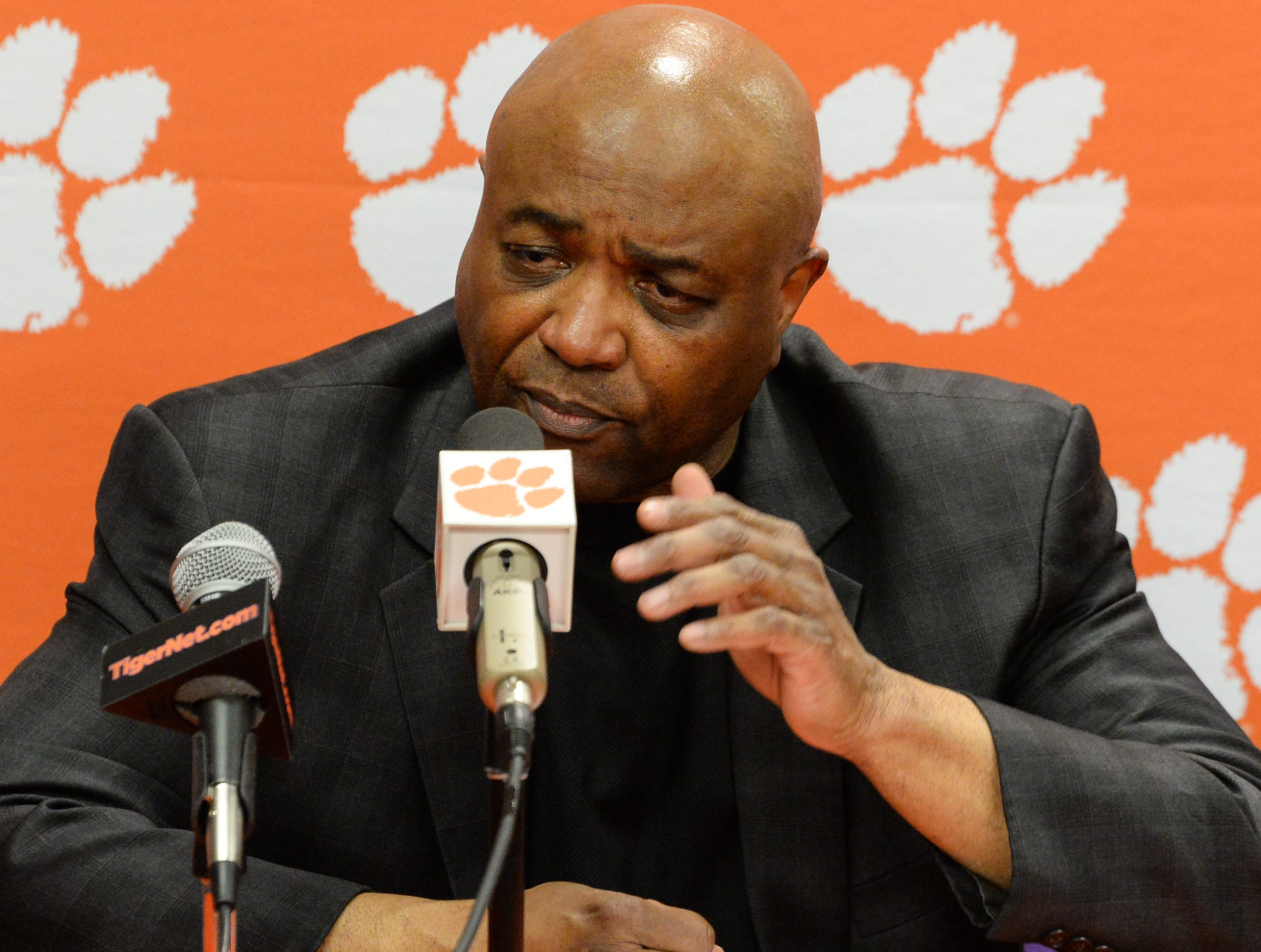 Florida State Leonard Hamilton talks after the game against Clemson Tuesday, February 19, 2019.