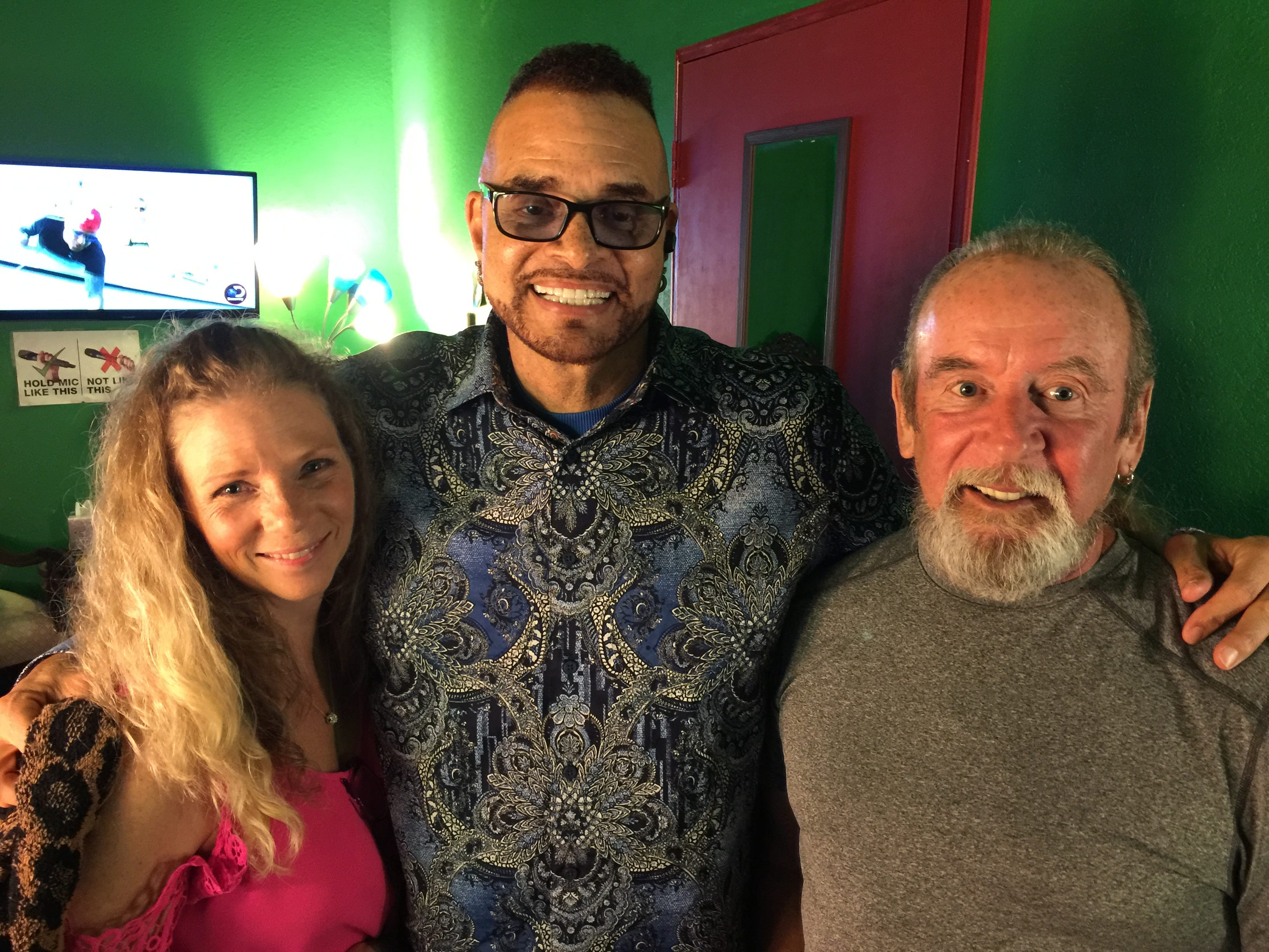Gary Fields, along with his girlfriend,  Lesley Smith, pose with actor and comedian Sinbad.
