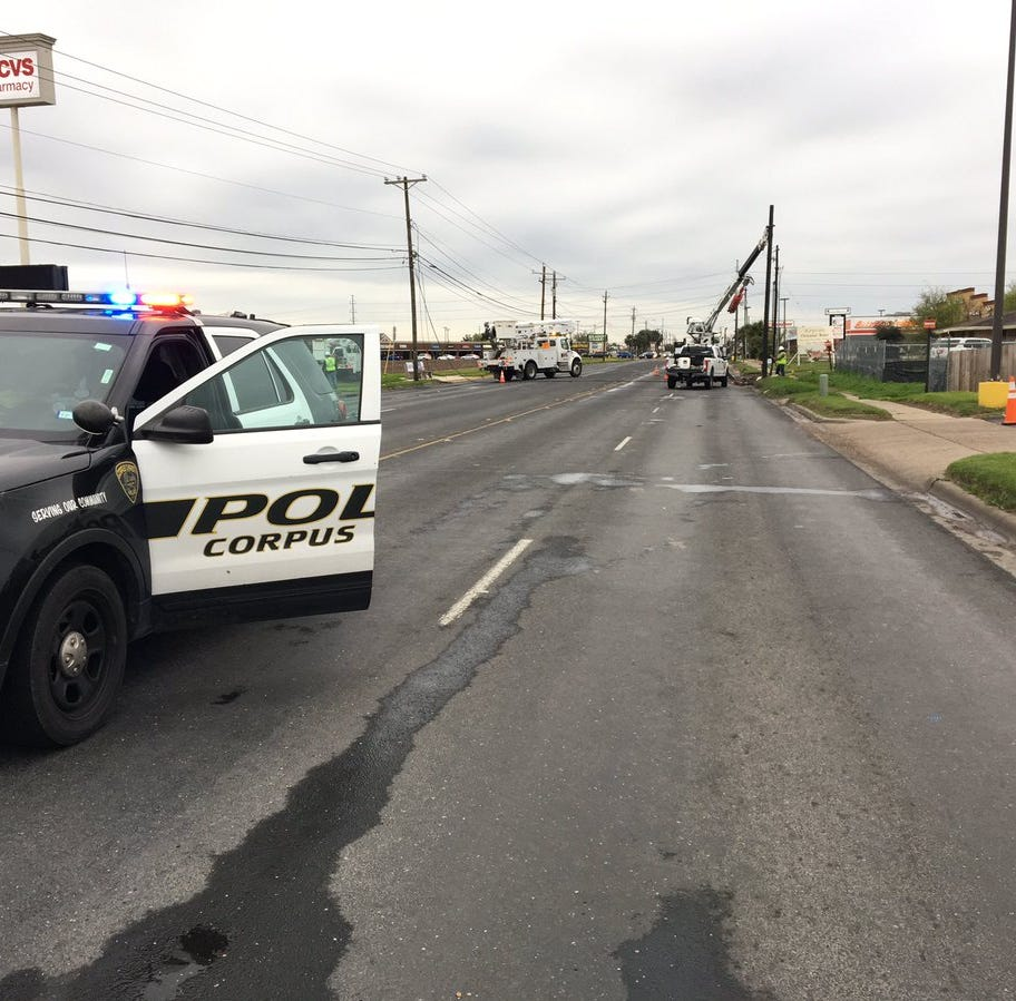 Corpus Christi police close section of Airline Road after crash