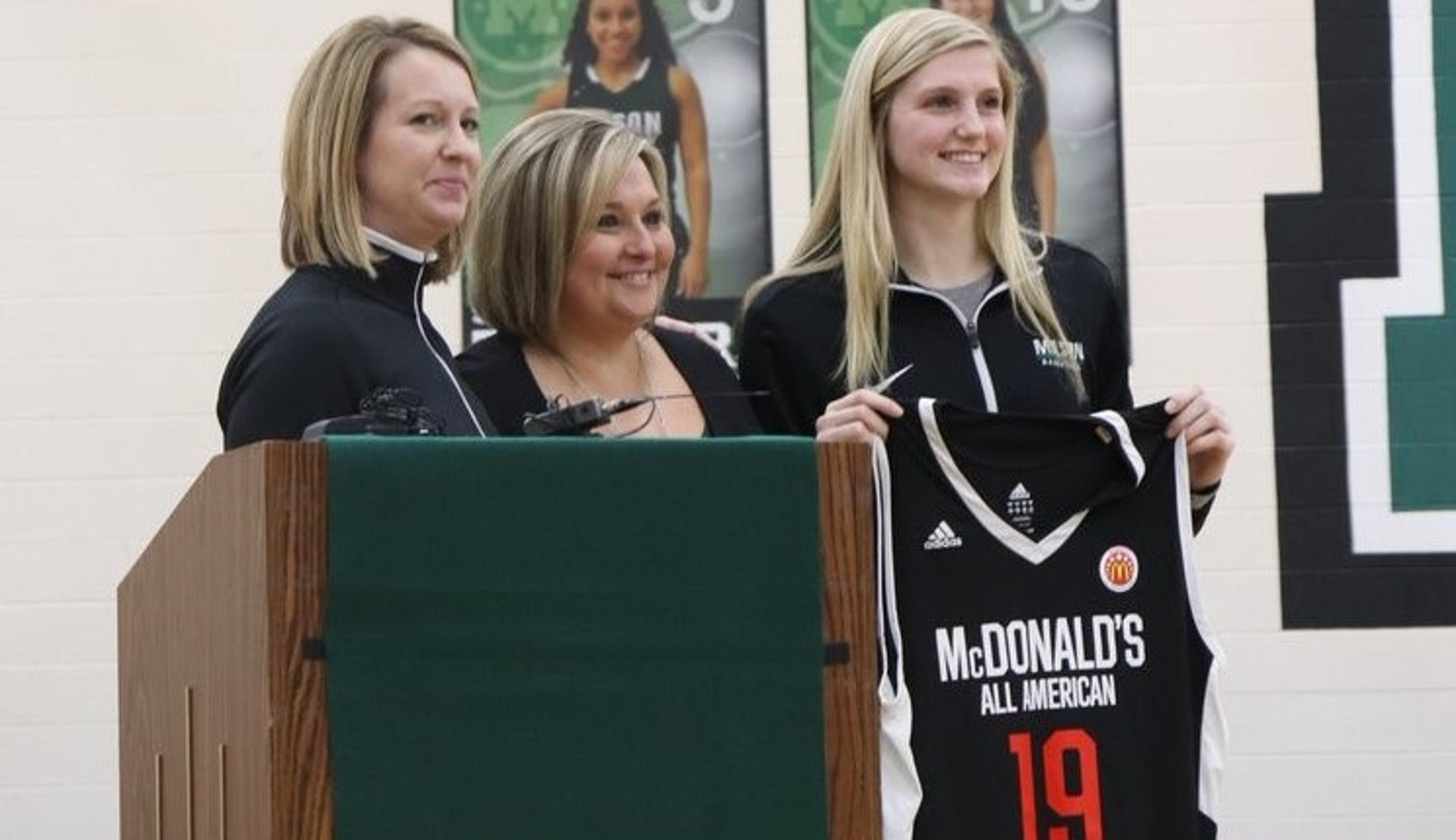 72122b9992c1 Mason High School basketball s Sammie Puisis receives McDonald s All- American jersey