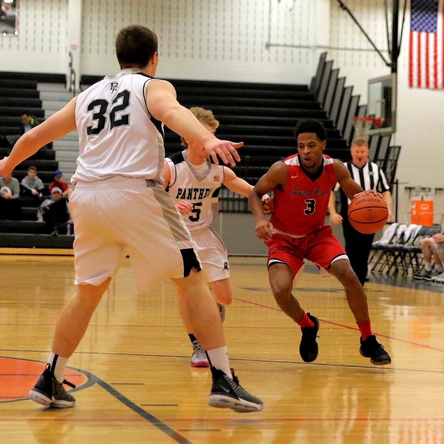 The seventh-seeded Bound Brook boys basketball team upset No. 2 Montgomery in the Somerset County Tournament quarterfinals on Tuesday night.