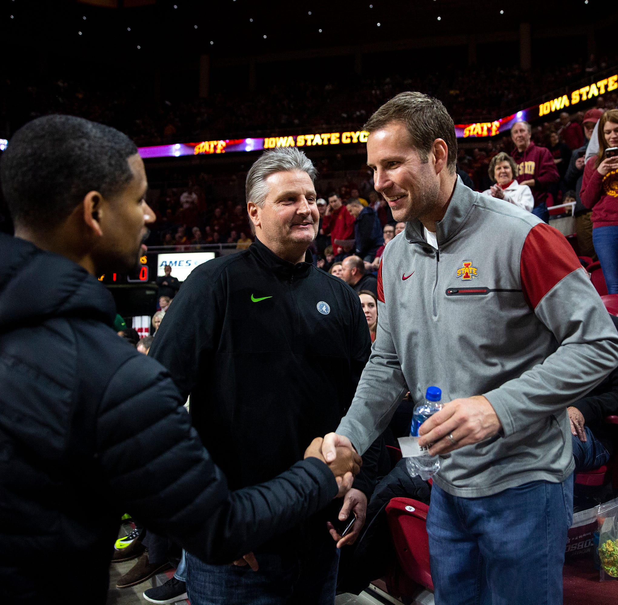 Peterson: Fred Hoiberg's next coaching move could include college basketball's who's-who