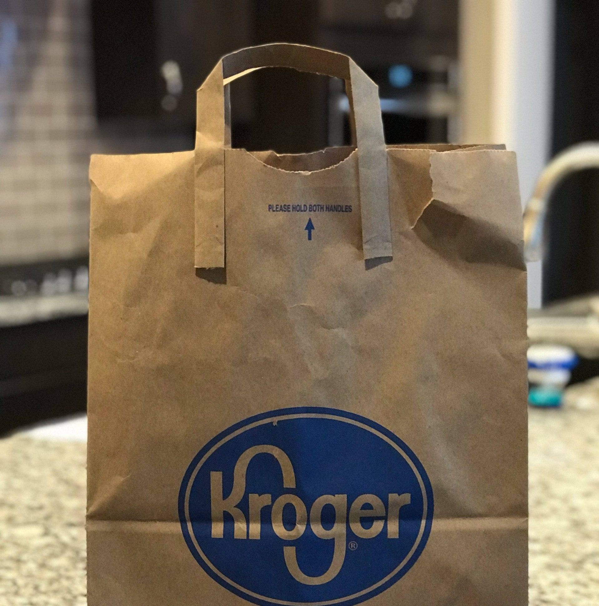 Kroger to stop carrying paper bags with handles at Michigan stores