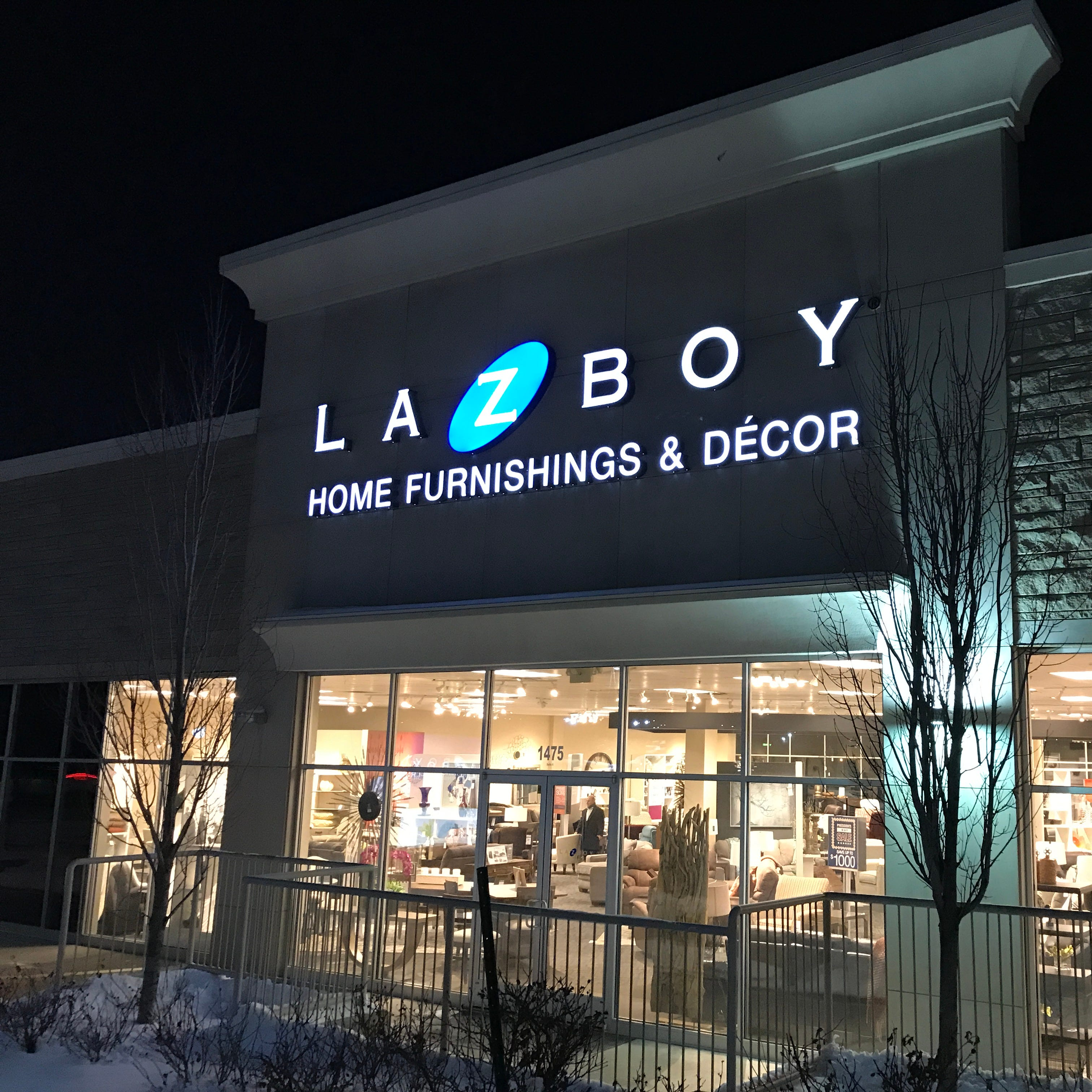 Acquisitions boost La-Z-Boy sales 13%
