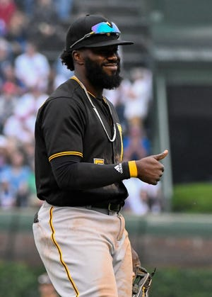 Josh Harrison signed his one-year, $2 million contract with Tigers and passed his physical.