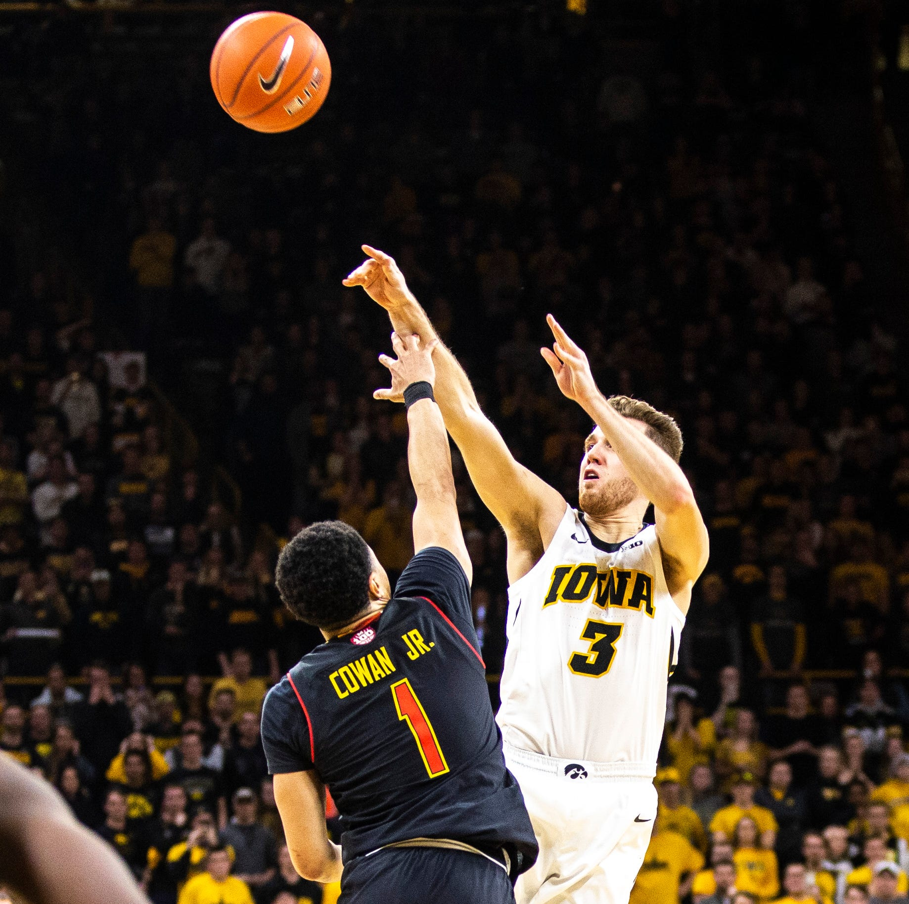 Iowa's last-second shots fall short; Maryland walks away with 66-65 win