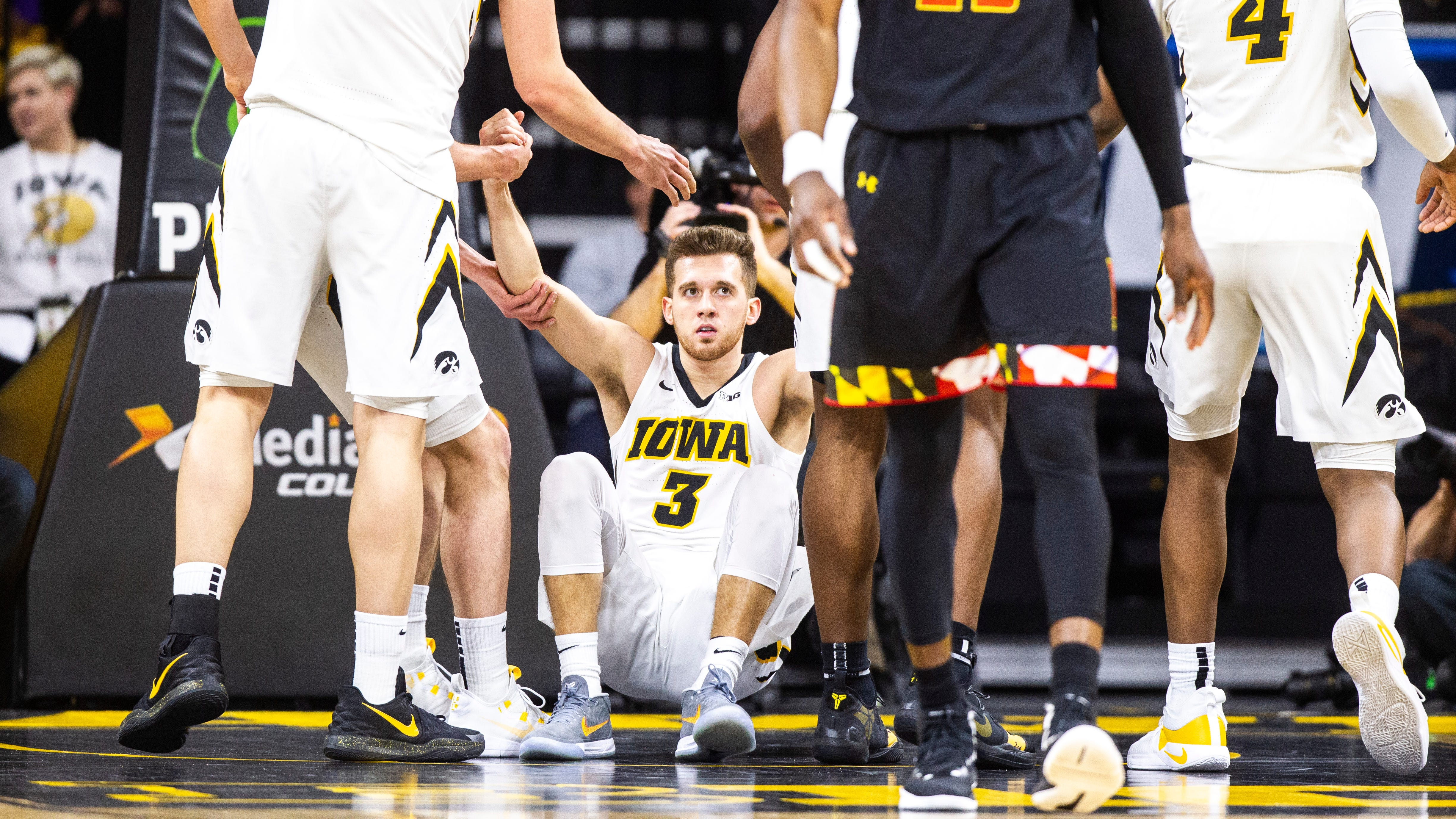 Leistikow: How would 2019-20 Hawkeyes look if Jordan Bohannon redshirts?