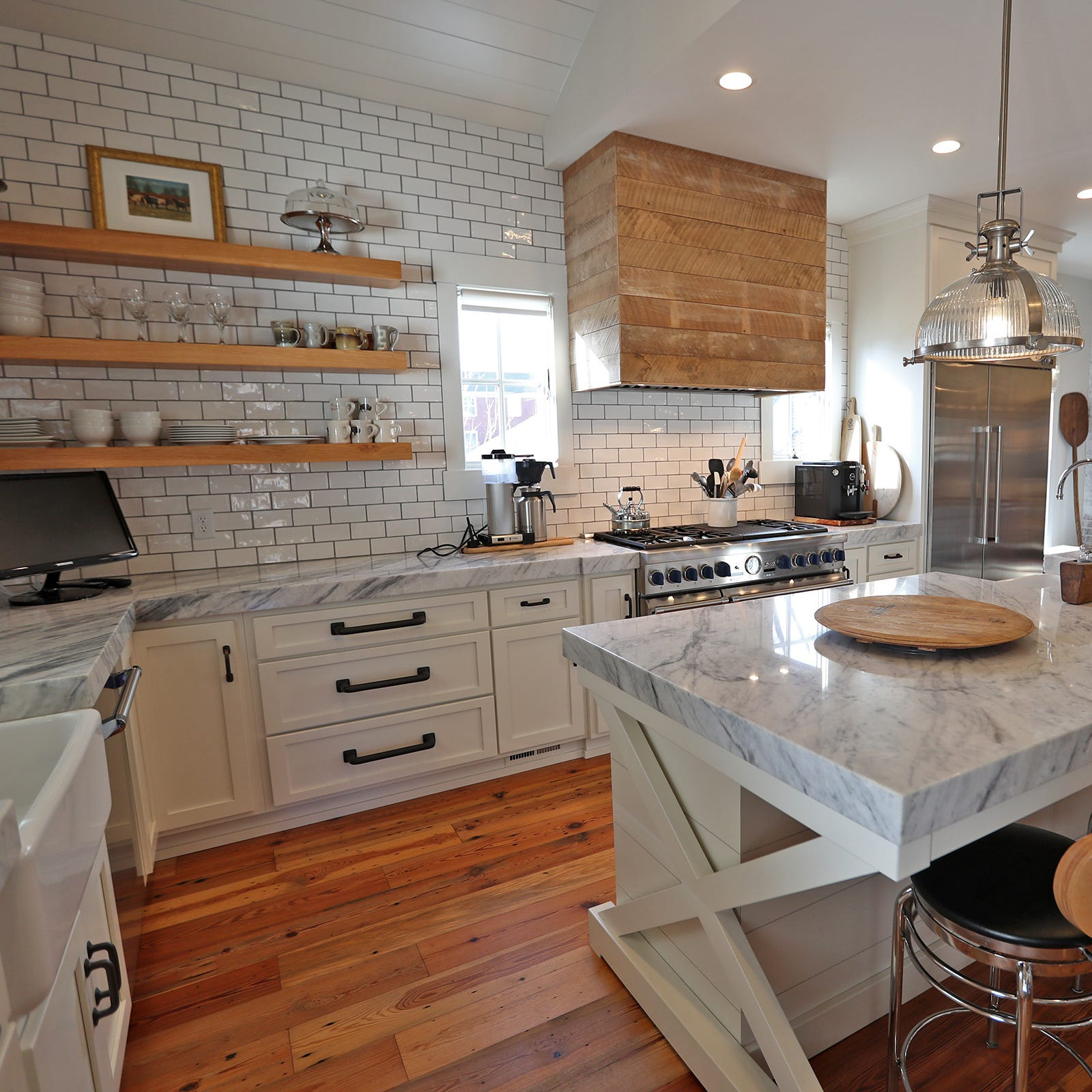 Hot Property: $1.6M modern farmhouse in Meridian Hills that would make Joanna Gaines proud