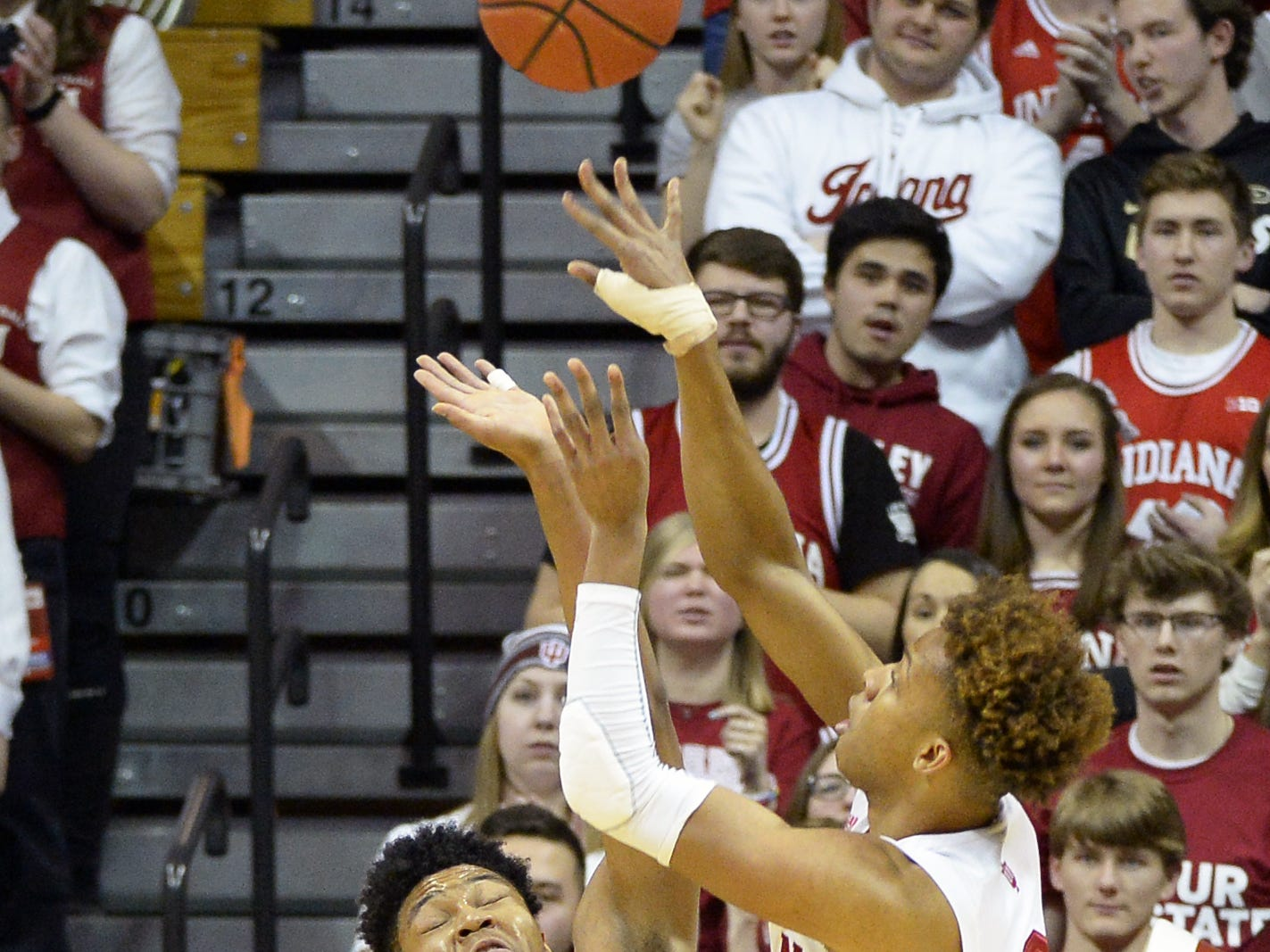 Indiana Hoosiers guard Romeo Langford (0) shoots the ball during the game against Purdue at Simon Skjodt Assembly Hall in Bloomington, Ind., on Tuesday, Feb. 19, 2019.