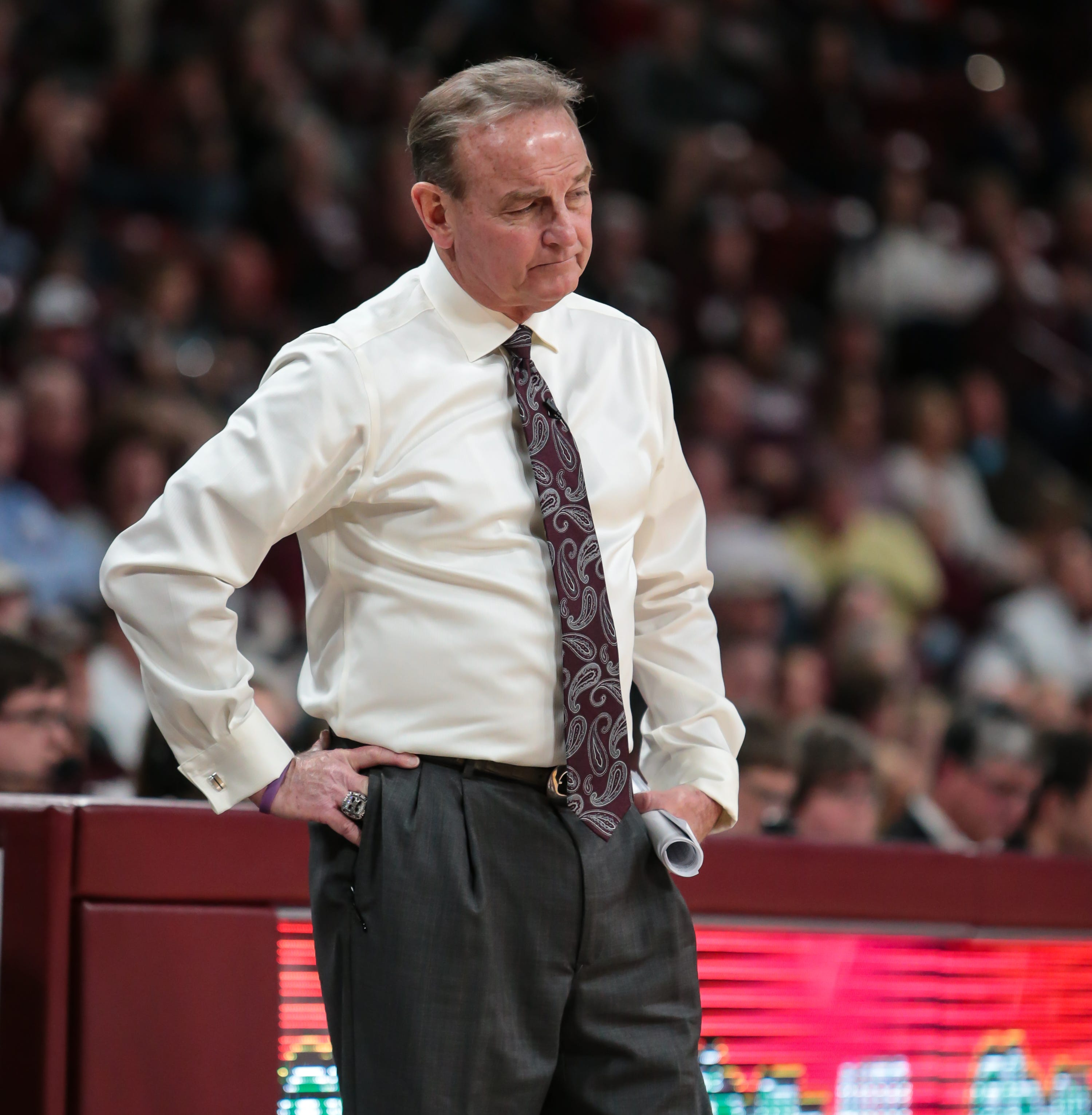 Why Mississippi State's Vic Schaefer did something he's never done in his coaching career