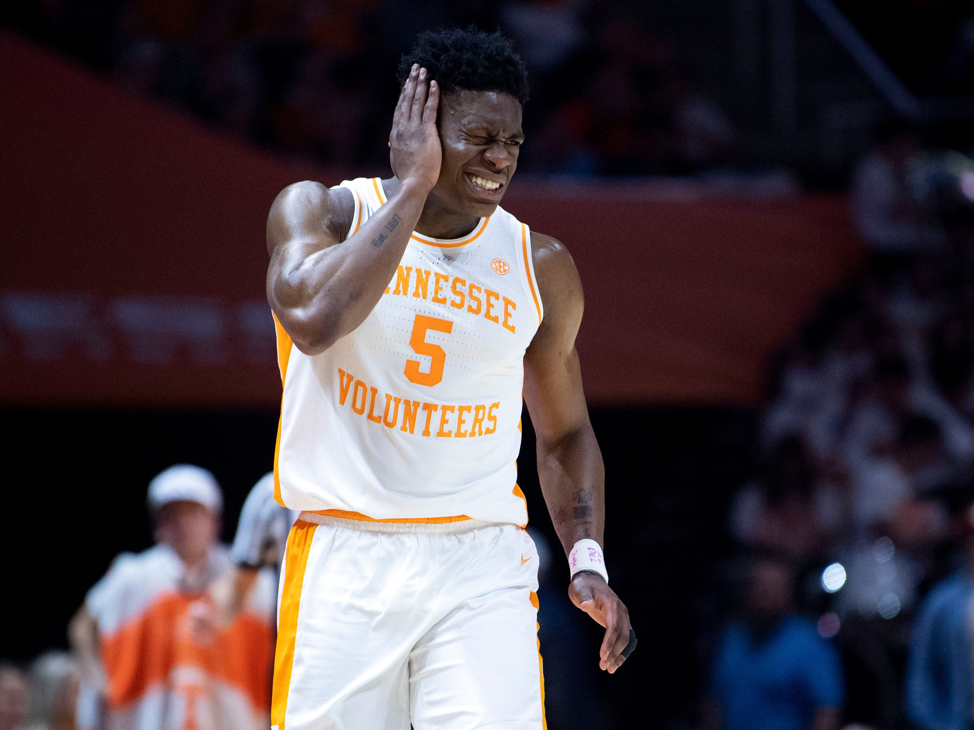 Tennessee's Admiral Schofield (5) covers his head in pain after getting hit during the game against Vanderbilt on Tuesday, February 19, 2019.