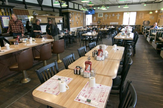 Fowlerville Farms Family Restaurant, shown Wednesday, Feb. 20, 2019, has applied for a state license to serve beer, wine and liquor.