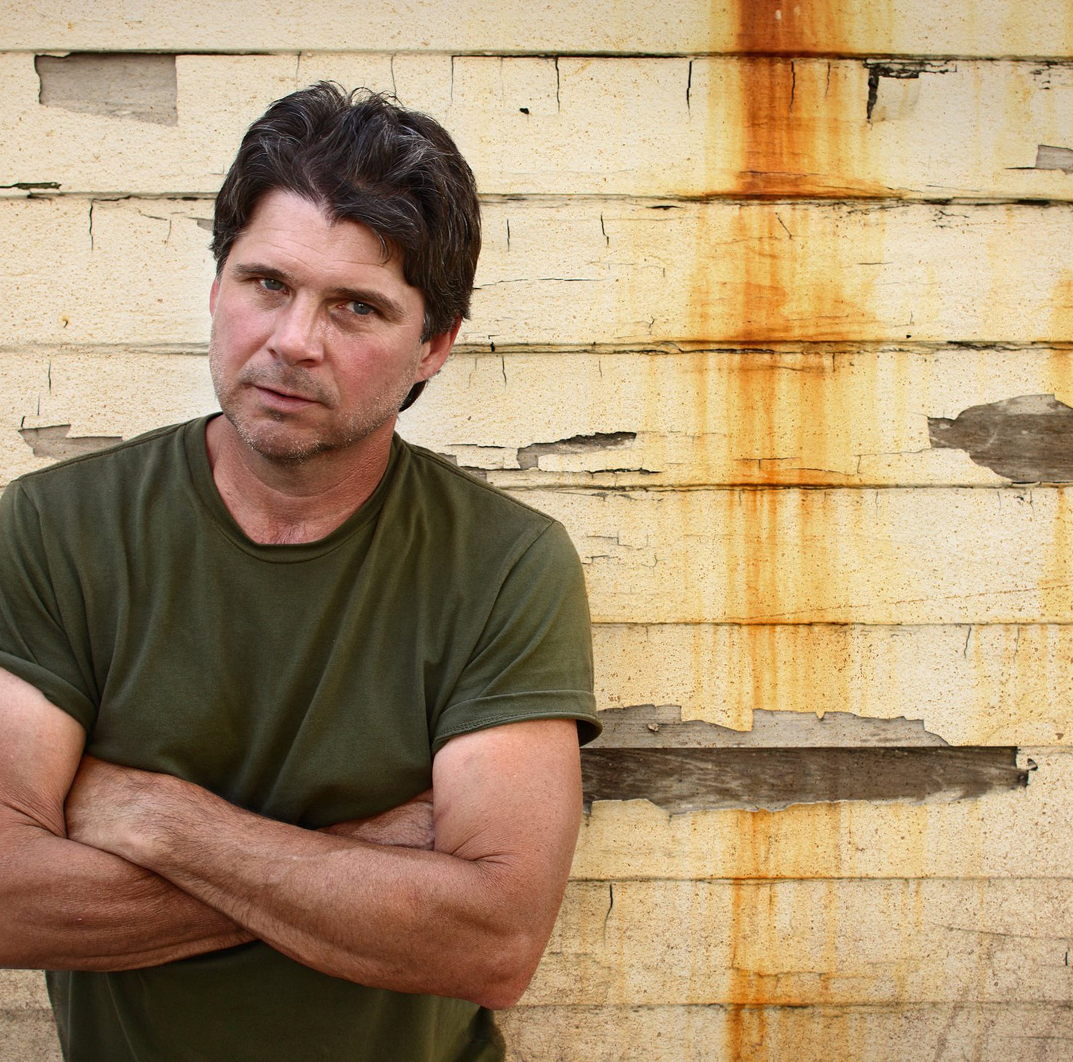 Chris Knight offers acoustic journey through his music Friday at Carl's Country