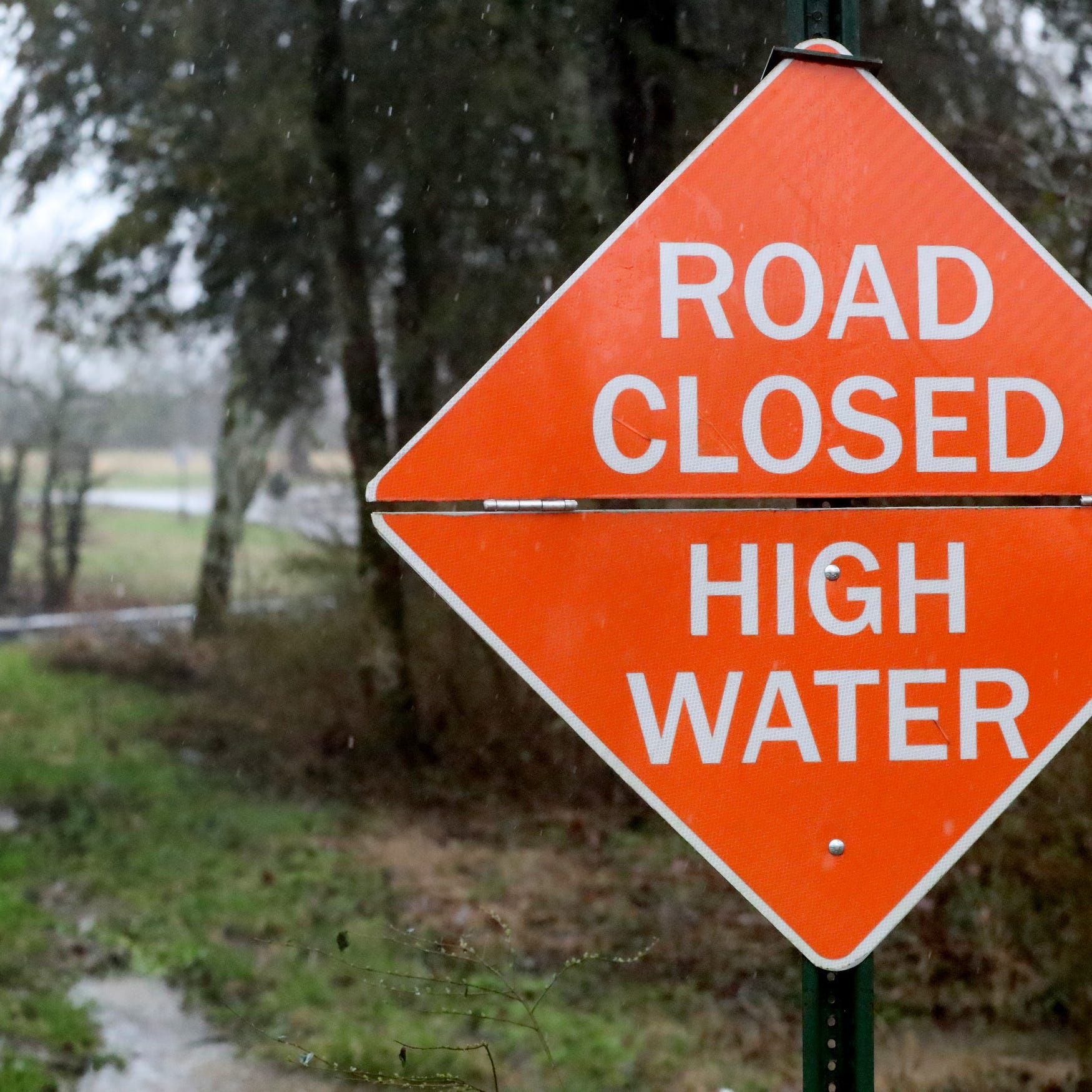 Flooding: Rutherford County Schools to close Thursday, Murfreesboro City still open as some roads impassable
