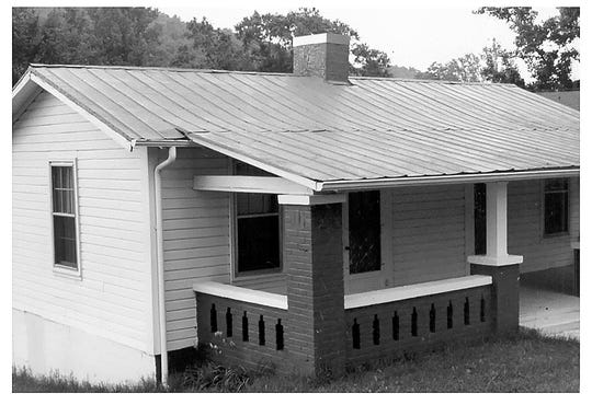 The old Ratchford place on Ingram Avenue in Oneonta, Alabama.