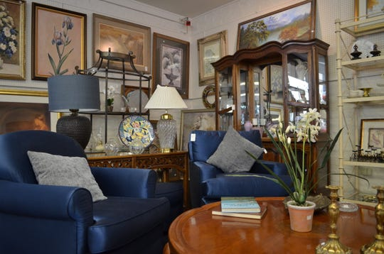Collectors Corner offers vintage shopping in Rancho Mirage.