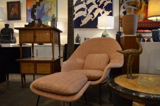 Hedge offers vintage shopping in Cathedral City.