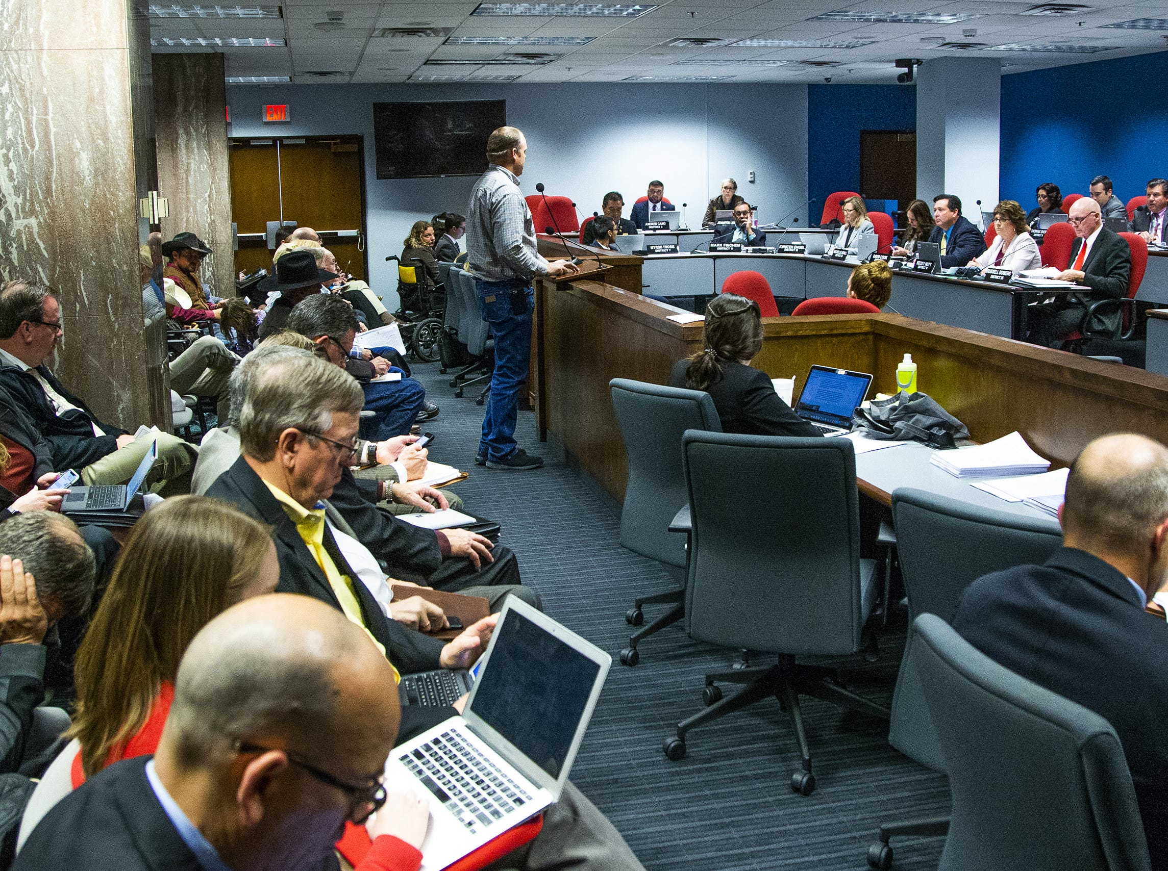 The Arizona House Natural Resources, Energy and Water Committee holds a hearing at the Capitol, Feb. 19, 2019. Many had questions about House Bill 2476, the water bill.