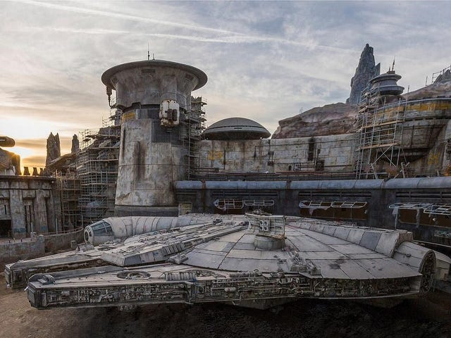 Disneyland Star Wars Galaxy S Edge Reservations Tickets Rides More