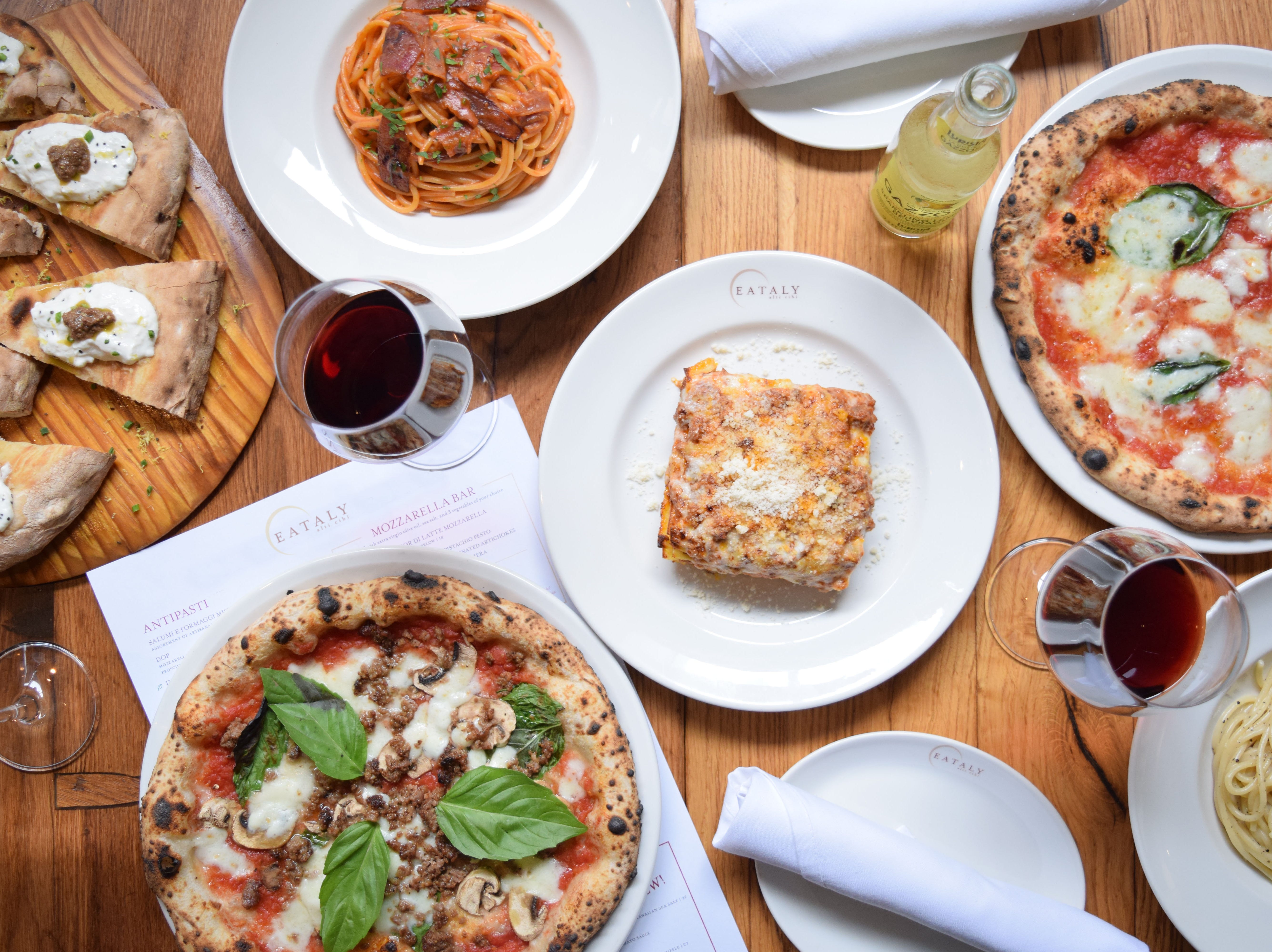 EATALY LAS VEGAS in the Park MGM. Pizzas and pastas.