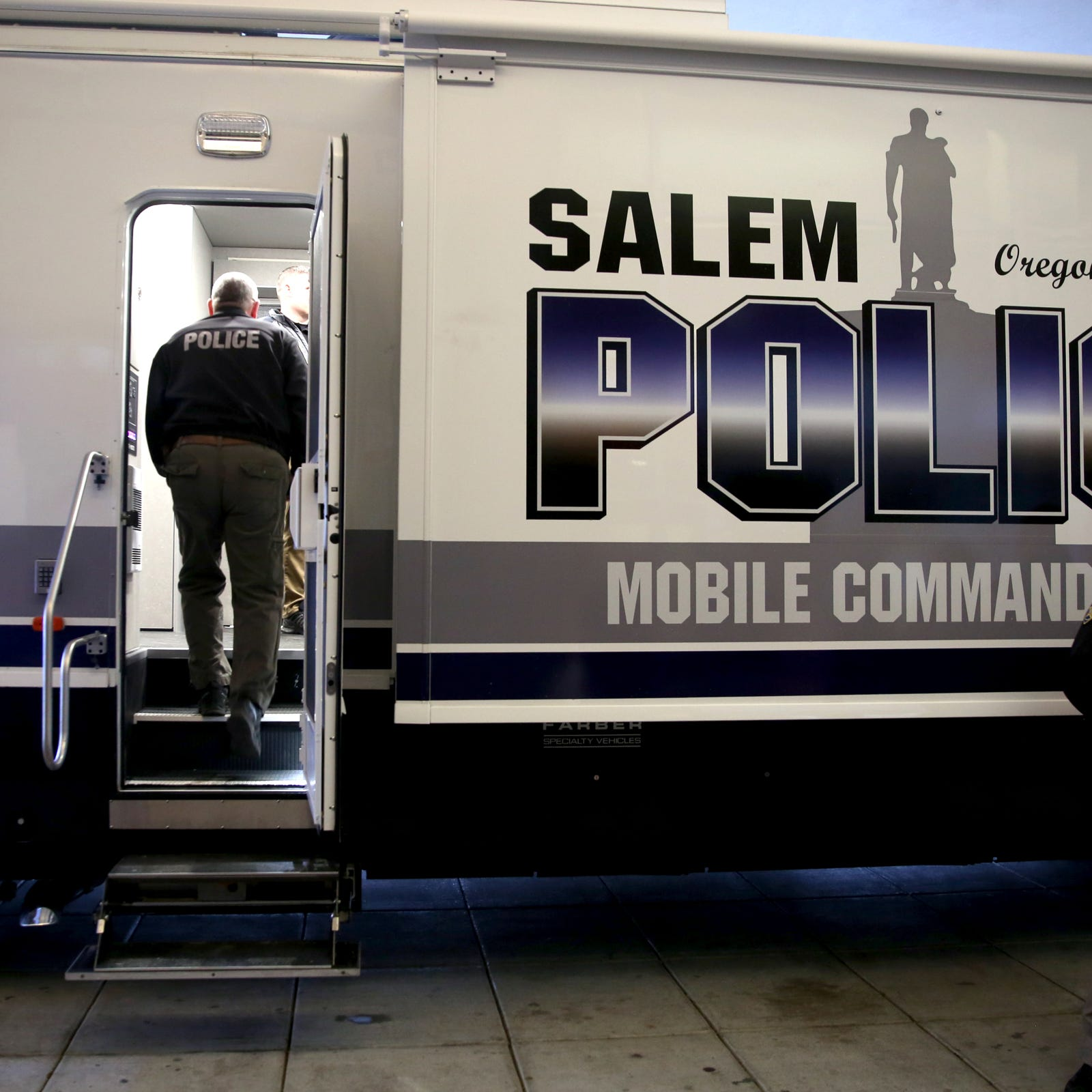 Salem Police's new Mobile Command Center includes work stations, 60-inch monitors