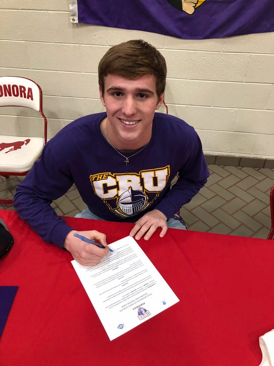 Sonora football player Hunter Bunch signs to play for University of Mary Hardin-Baylor Wednesday, Feb. 20, 2019.