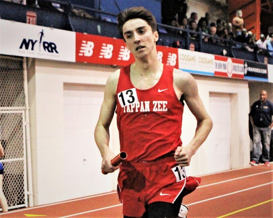 Tappan Zee's Pat Castellano runs anchor leg during boys 4x800 relay at 2019 Eastern States Championships.