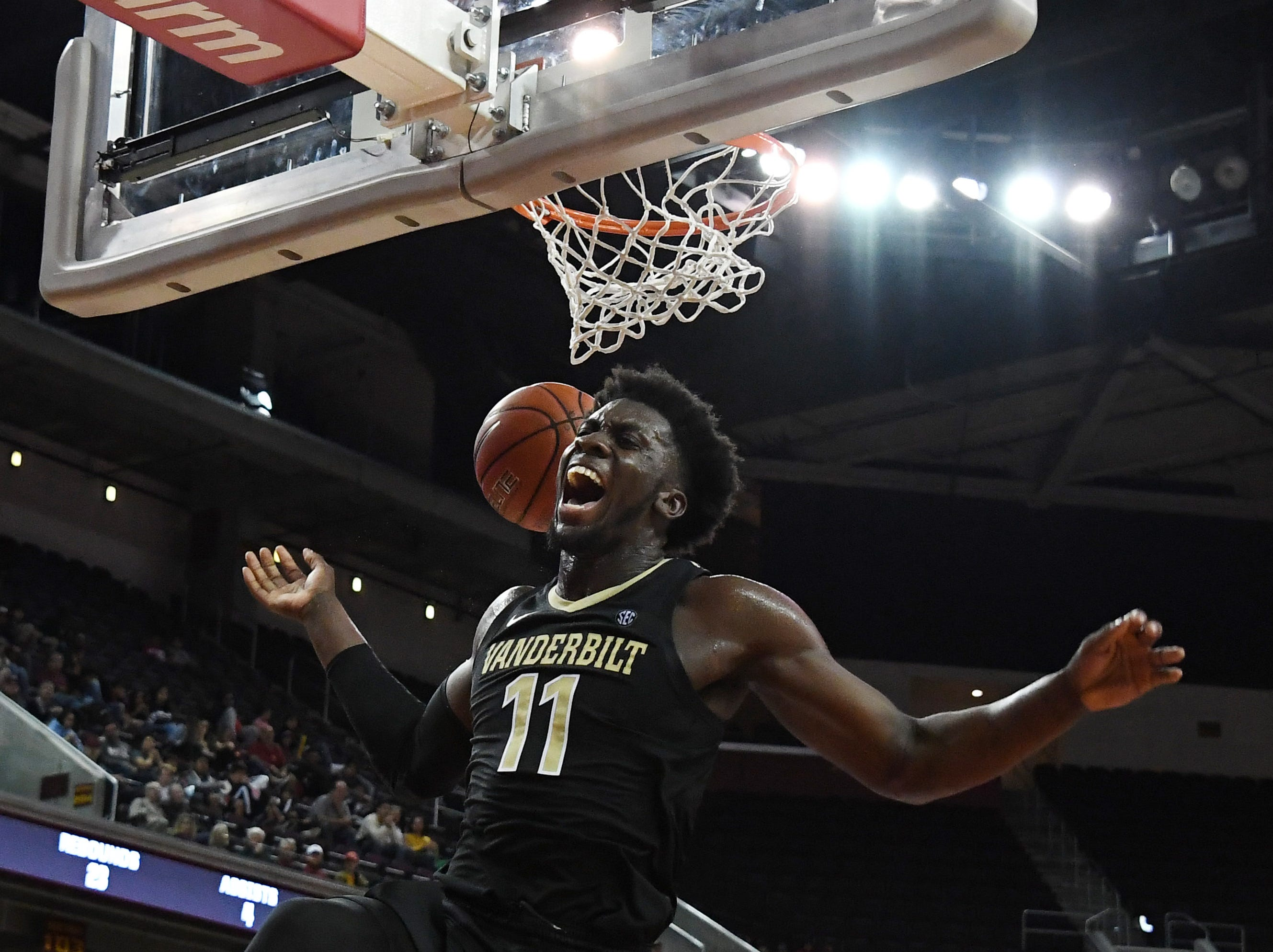 Nov. 11: Vanderbilt Commodores forward Simisola Shittu (11) dunks against the Southern California Trojans in the first half at Galen Center.