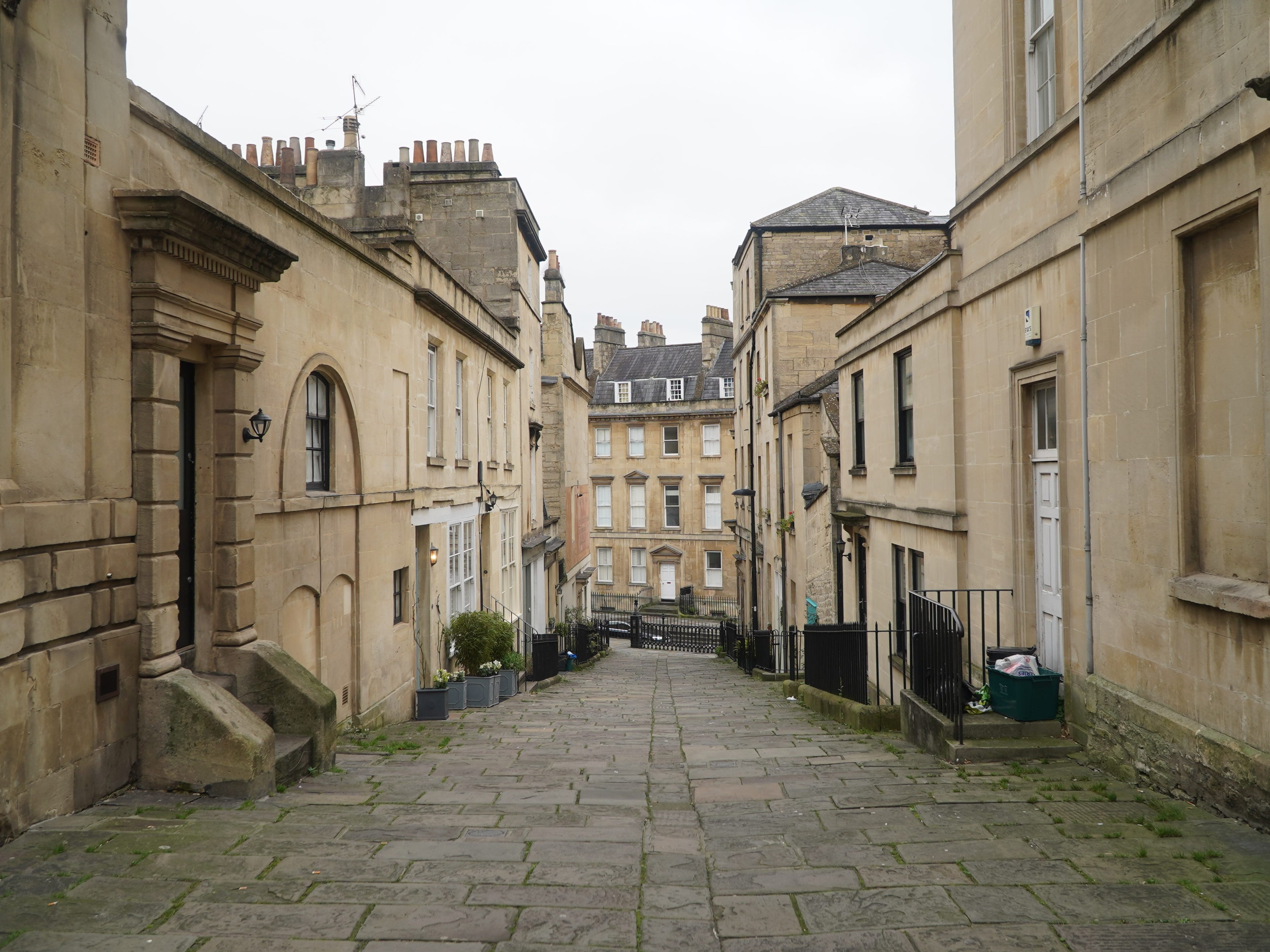 Bath is full of curious streets and alleys just waiting to be explored.