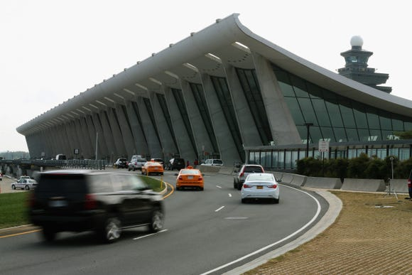 Dulles surpasses Reagan National as D.C.-area's busiest airport