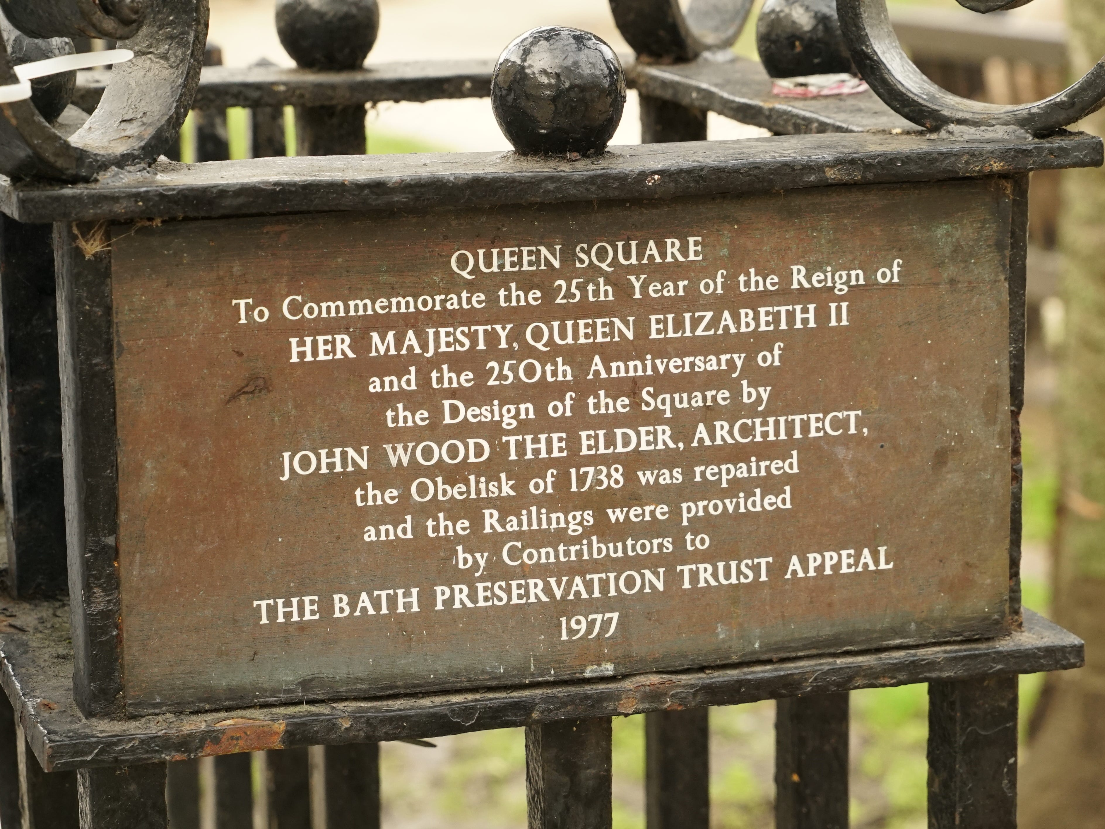 A plaque at Queen Square.