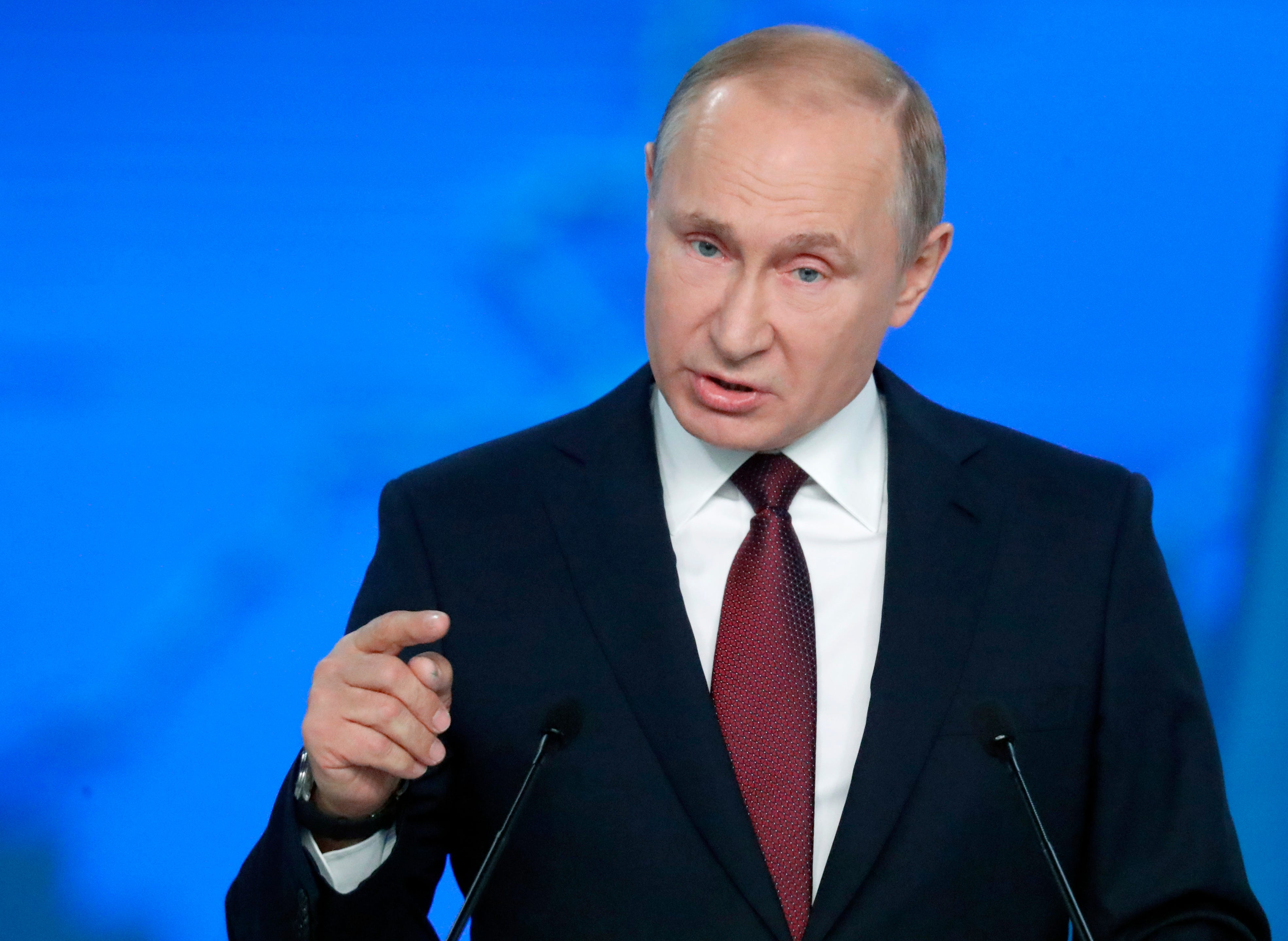 Putin vows to target US with new weapons if Washington deploys missiles to Europe