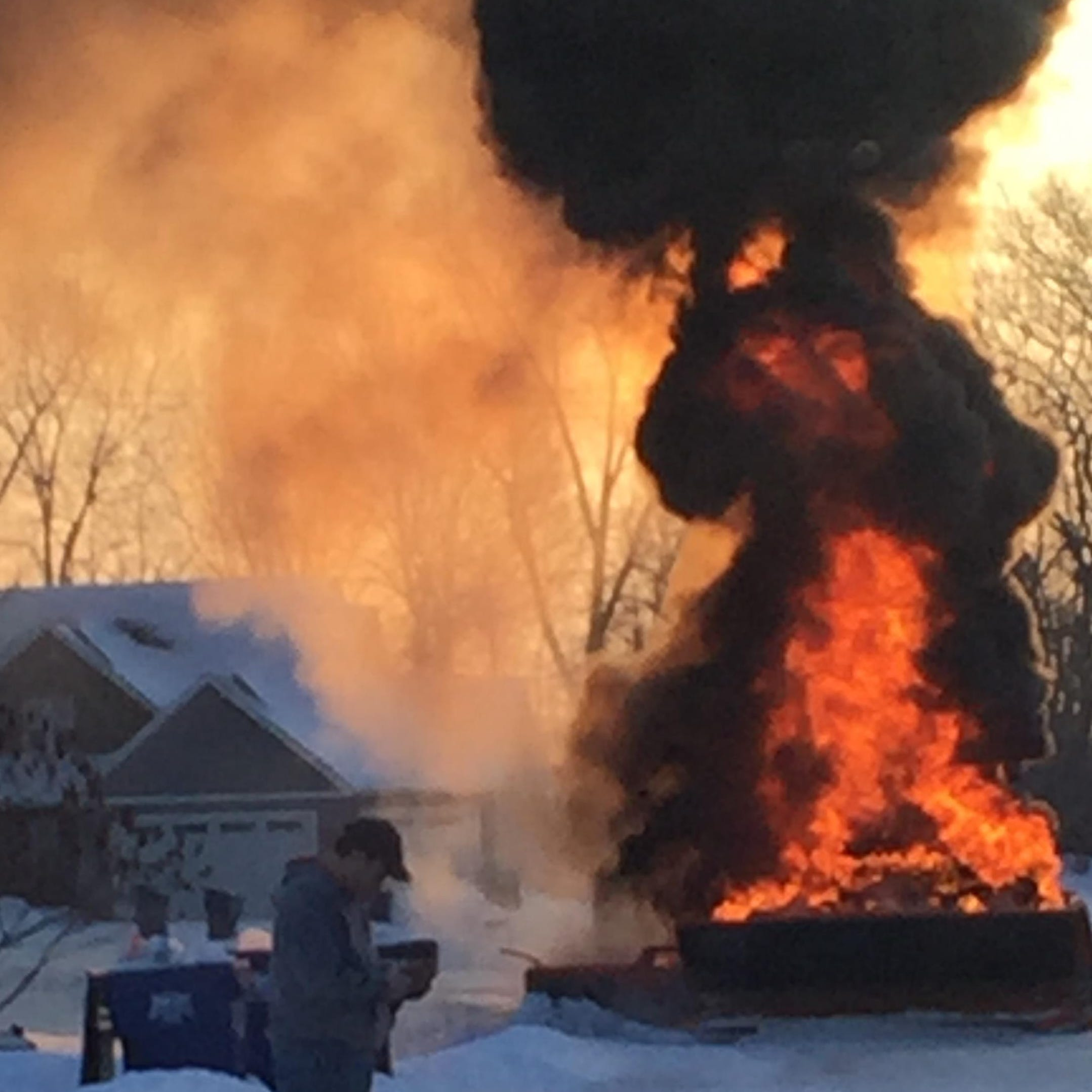 Winnebago County snowplow catches fire early Thursday morning in the town of Neenah