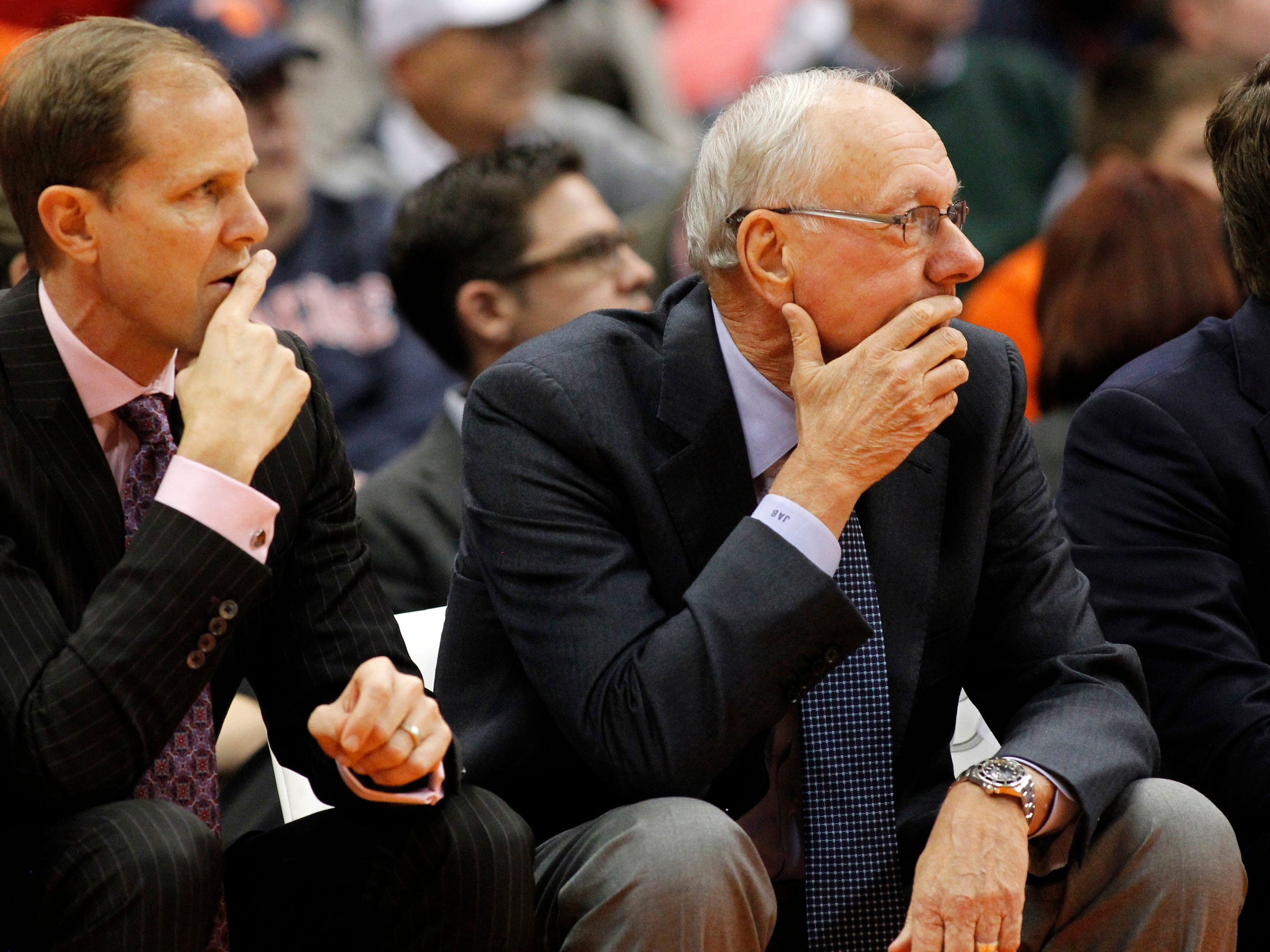 2015: Syracuse's assistant coach Mike Hopkins, left, and Syracuse head coach Jim Boeheim, right, watch the action from the bench in the first half of an NCAA college basketball game against Elon in Syracuse, N.Y., Saturday, Nov. 21, 2015. (AP Photo/Nick Lisi)