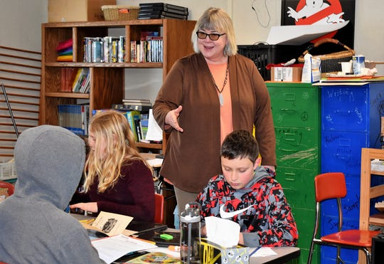 Karen Lahn teaches her fourth-grade class at Belfair Elementary.