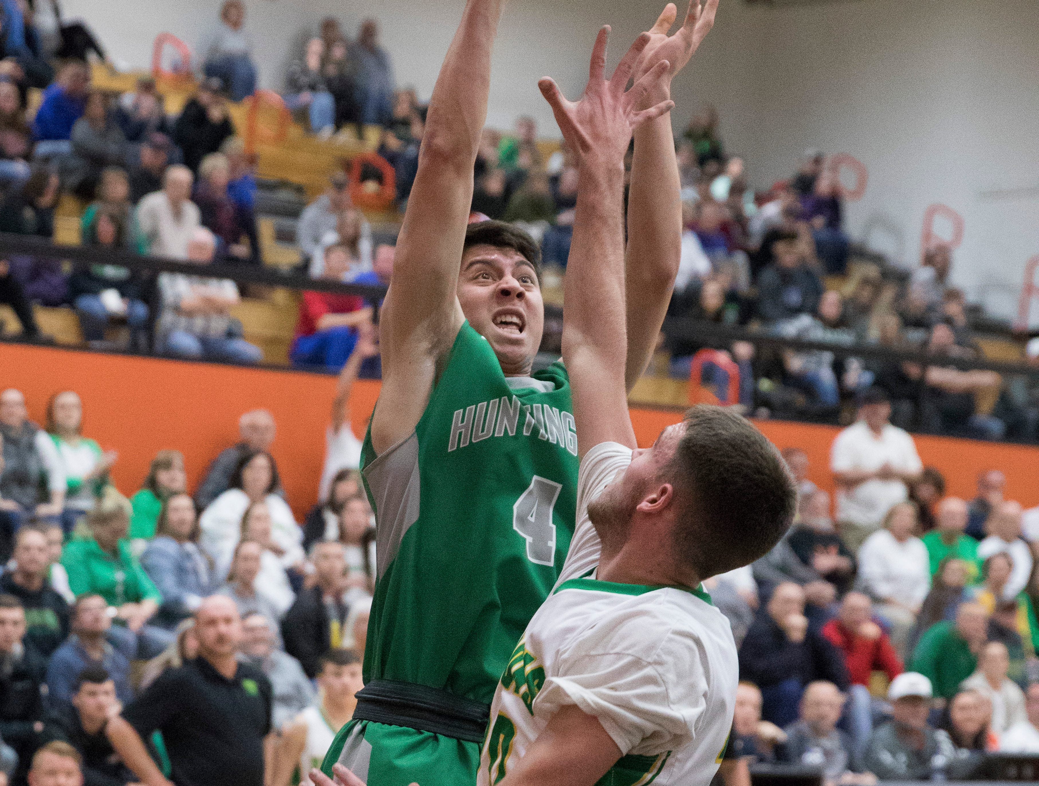 West Union defeated Huntington 42-39 Wednesday night in a Division III sectional semifinal game in Waverly, Ohio.