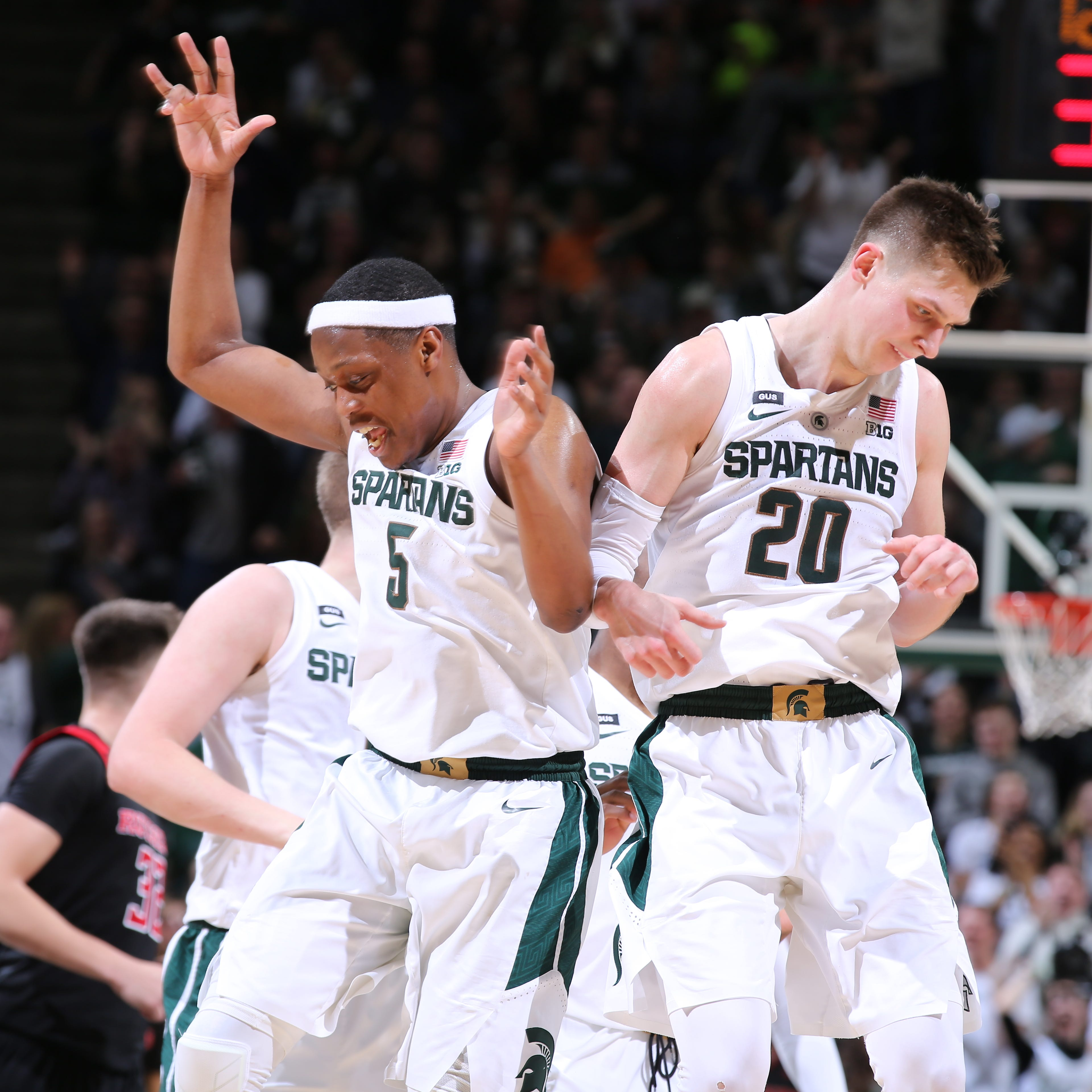 Cassius Winston had to take over for Michigan State to rally past Rutgers