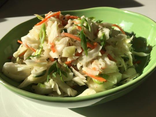 Kohlrobi and Cabbage Coleslaw