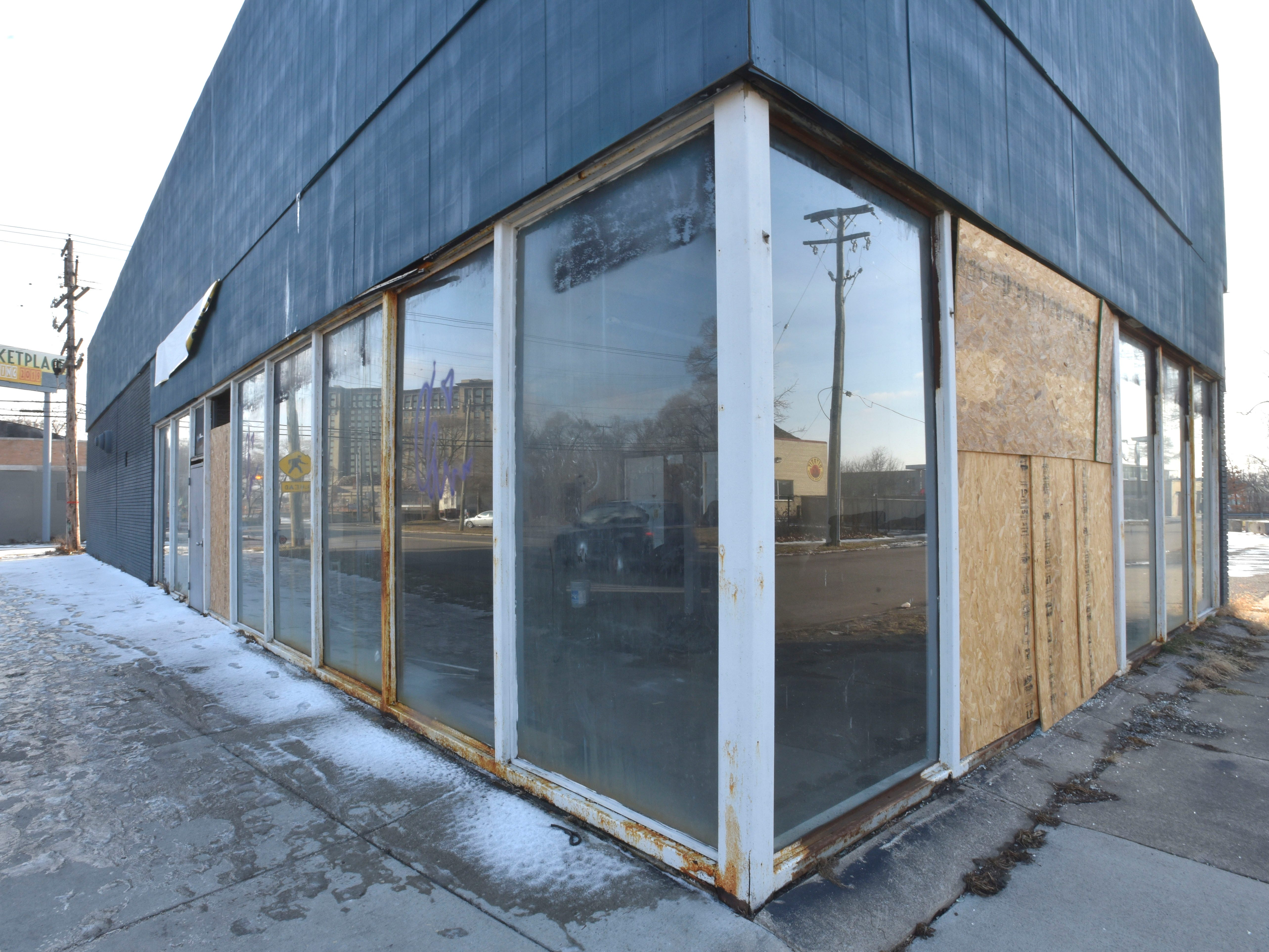 This is the former Burrito Boarder and Service Tire center on W. Vernor at 20th Street.