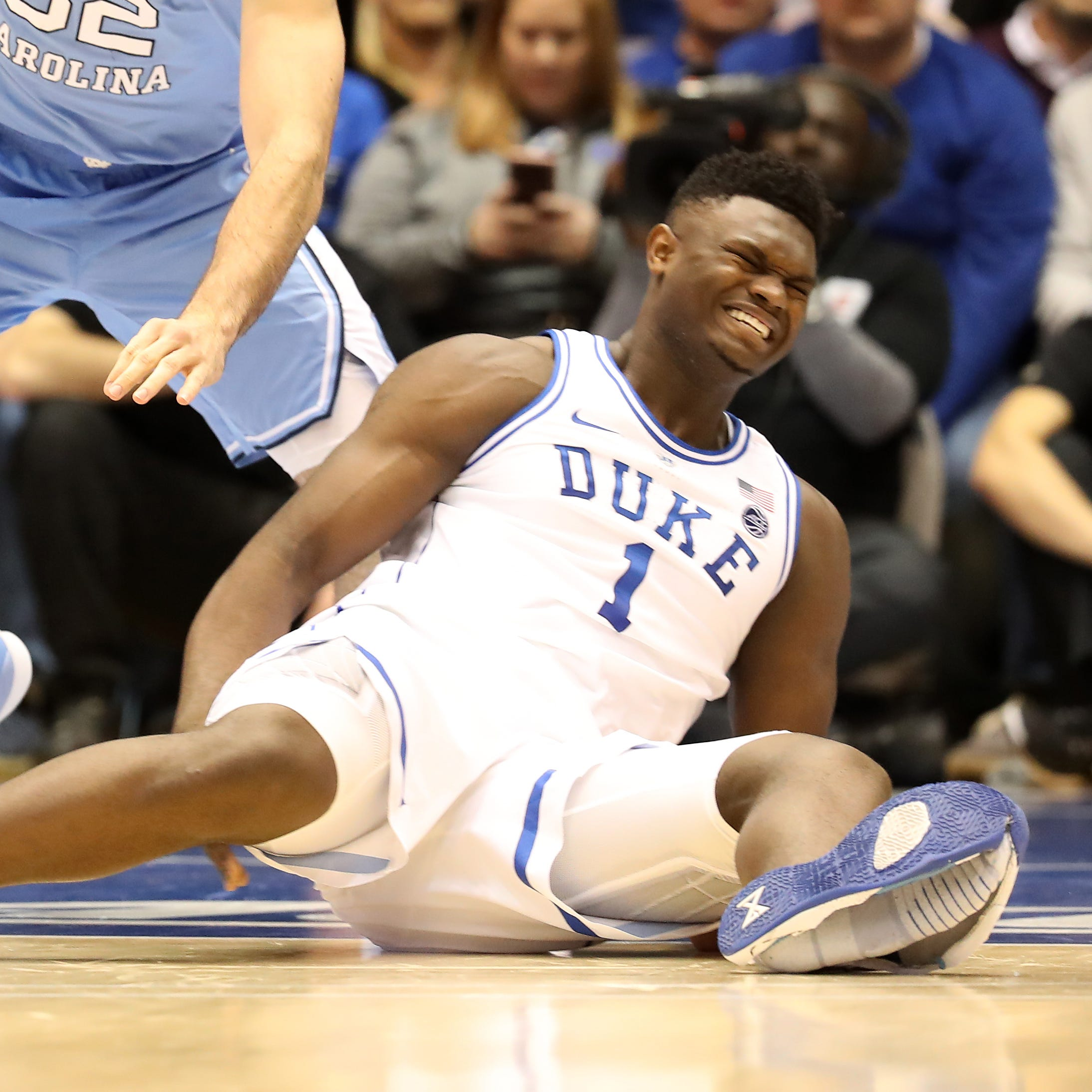 Nike looking into Zion Williamson shoe malfunction that led to injury