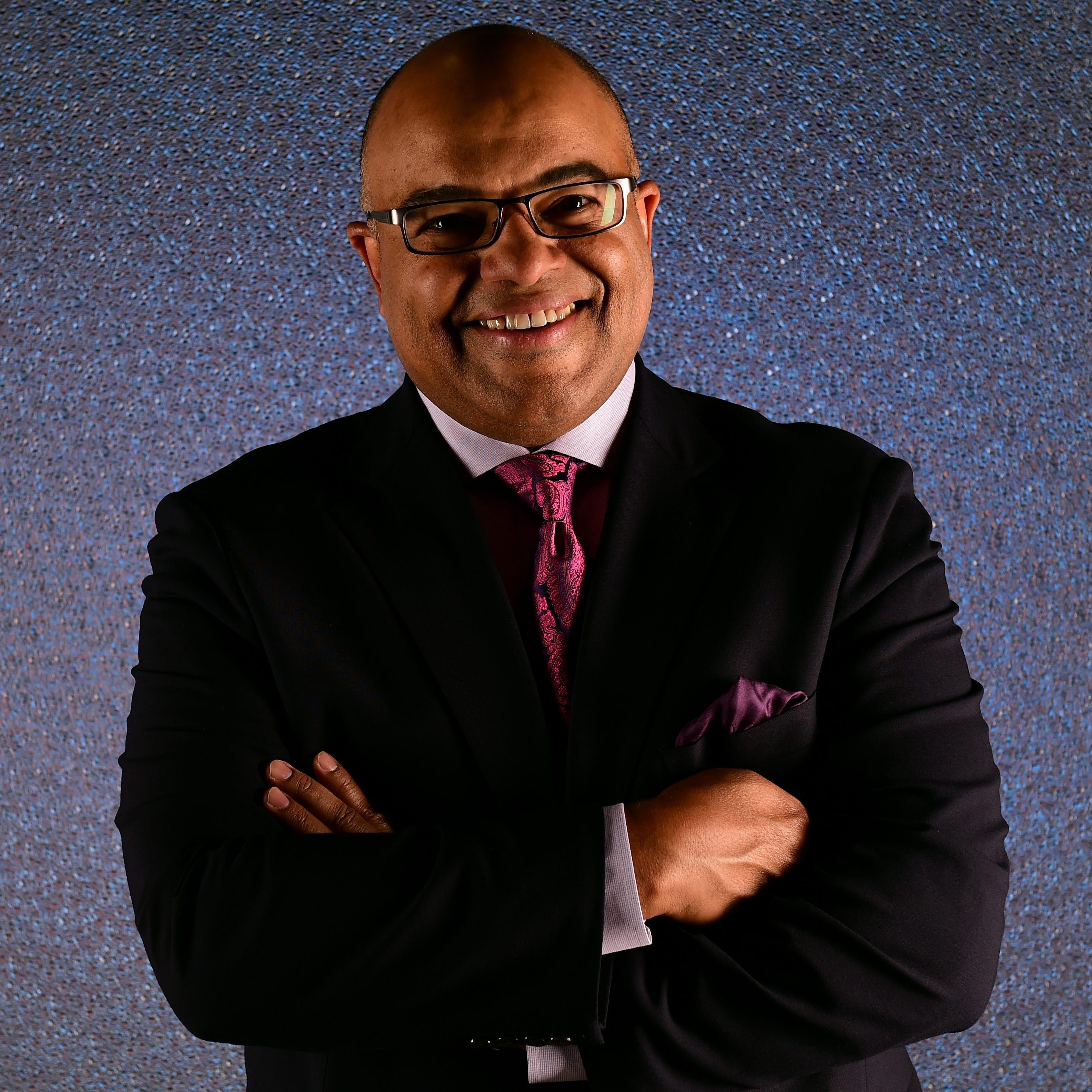 With video: Mike Tirico earns rave reviews for NHL debut at LCA