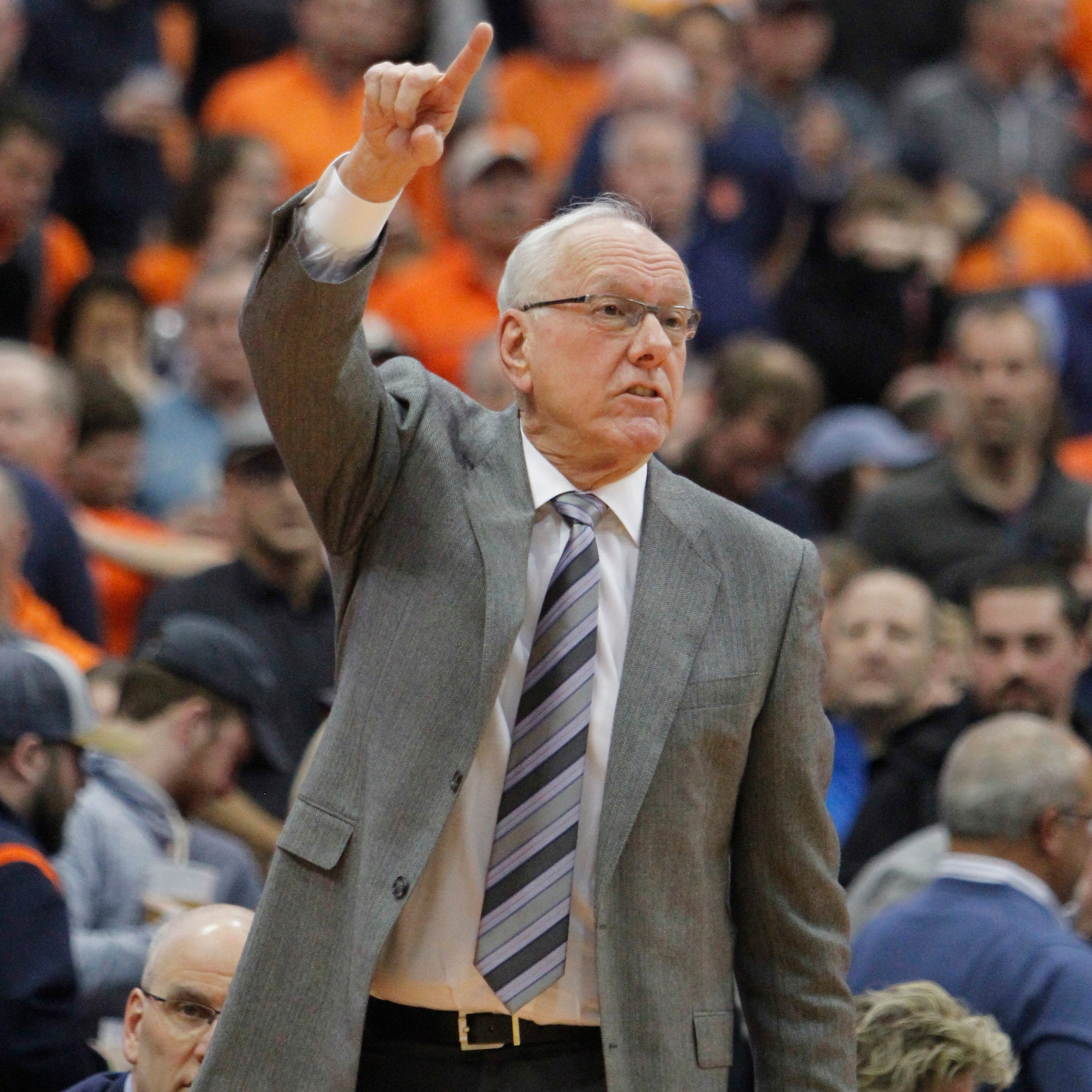 Syracuse coach Jim Boeheim strikes, kills pedestrian on highway
