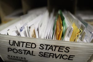 """The customer told a special agent """"he did not provide his mail to anyone and does not know why mail addressed to him"""" would be at the woman's home, the complaint read."""