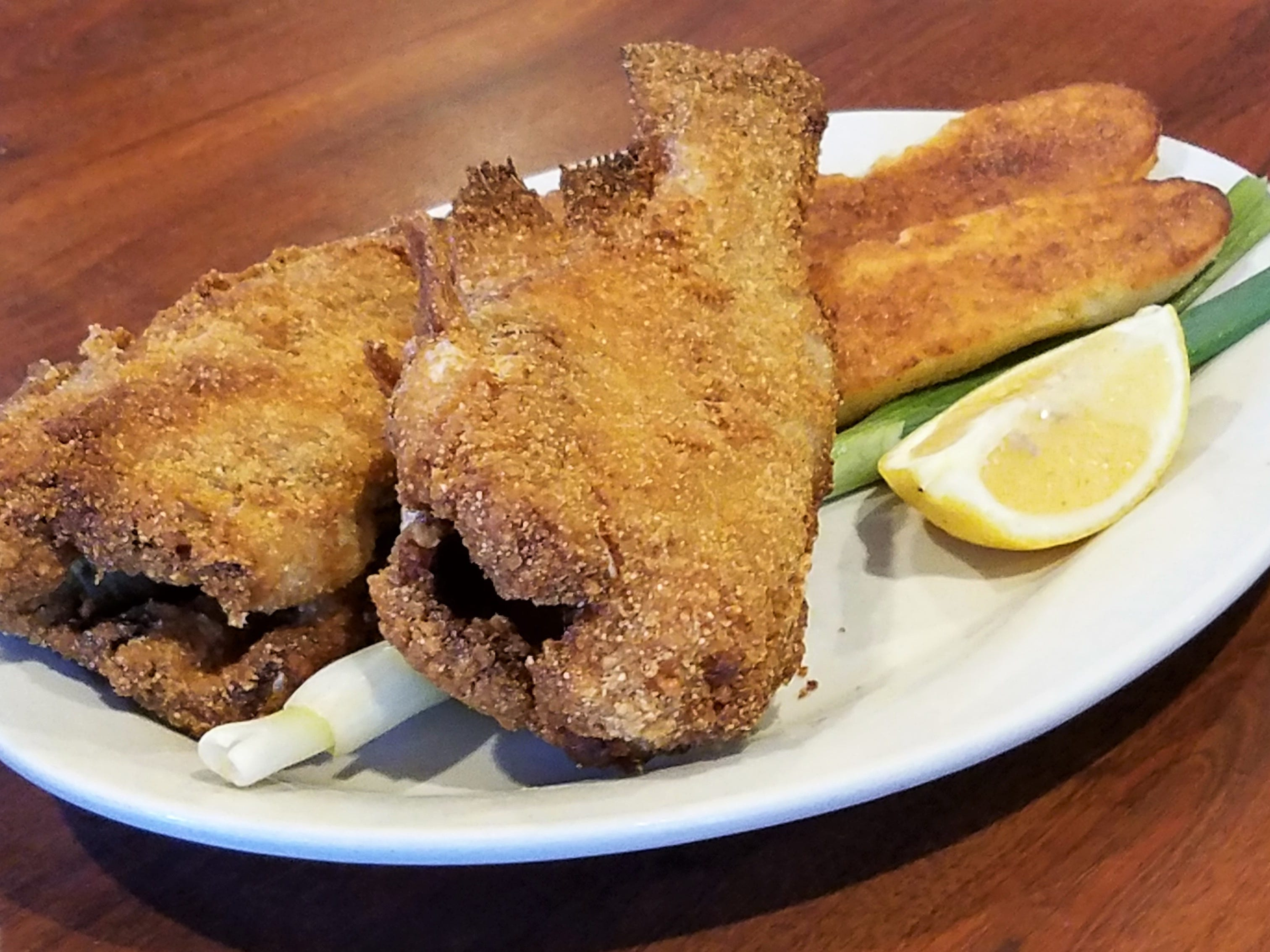 The Knob Hill's biggest claim to fame--hot catfish fiddlers.
