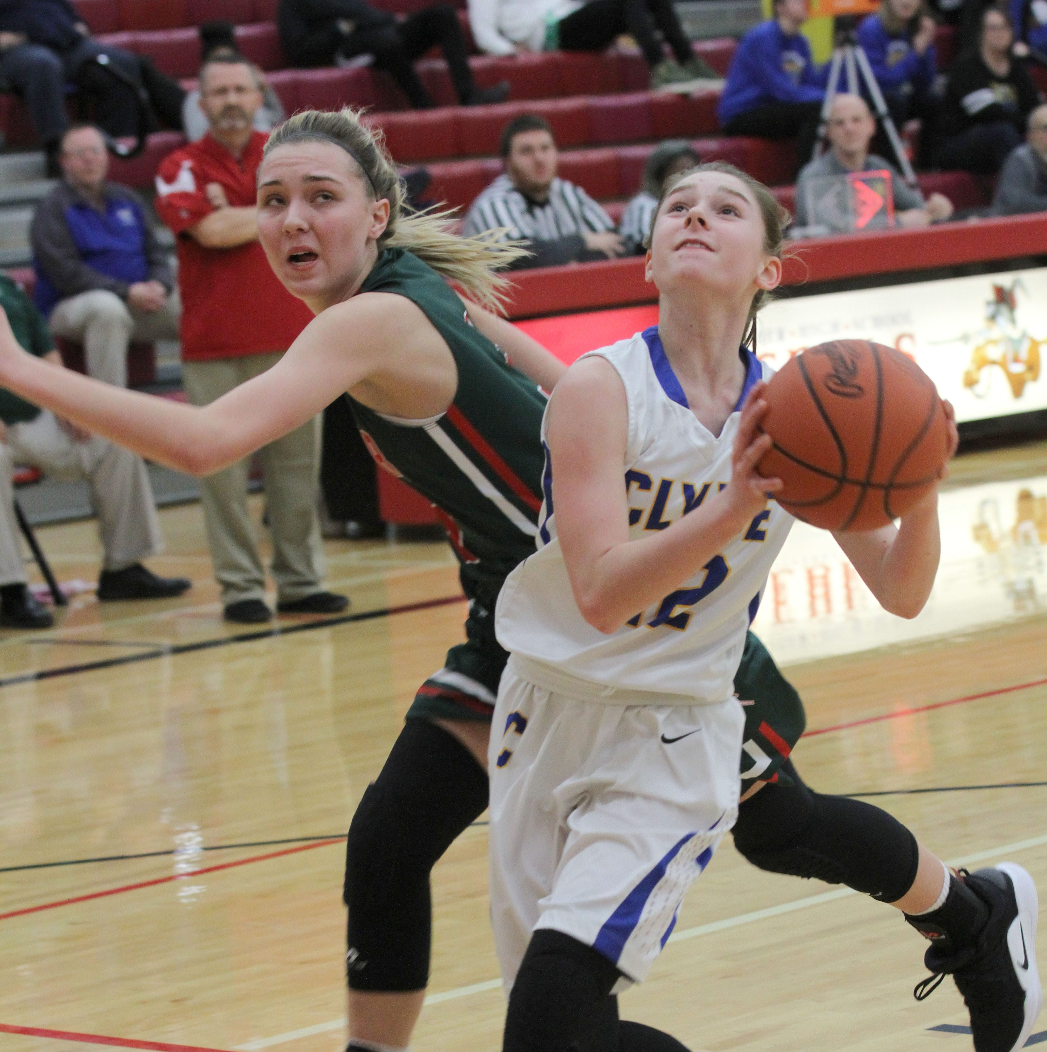 Roundup: Keegan helps Clyde girls advance in Division II