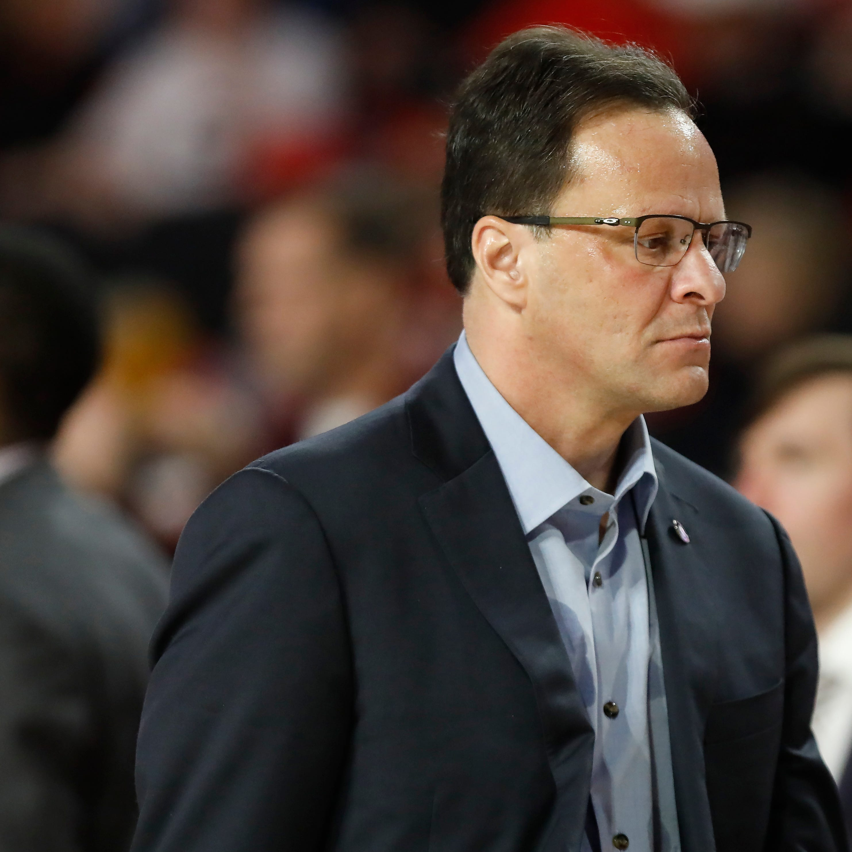 Tom Crean admonishes Georgia fans after stuffed animal thrown onto court
