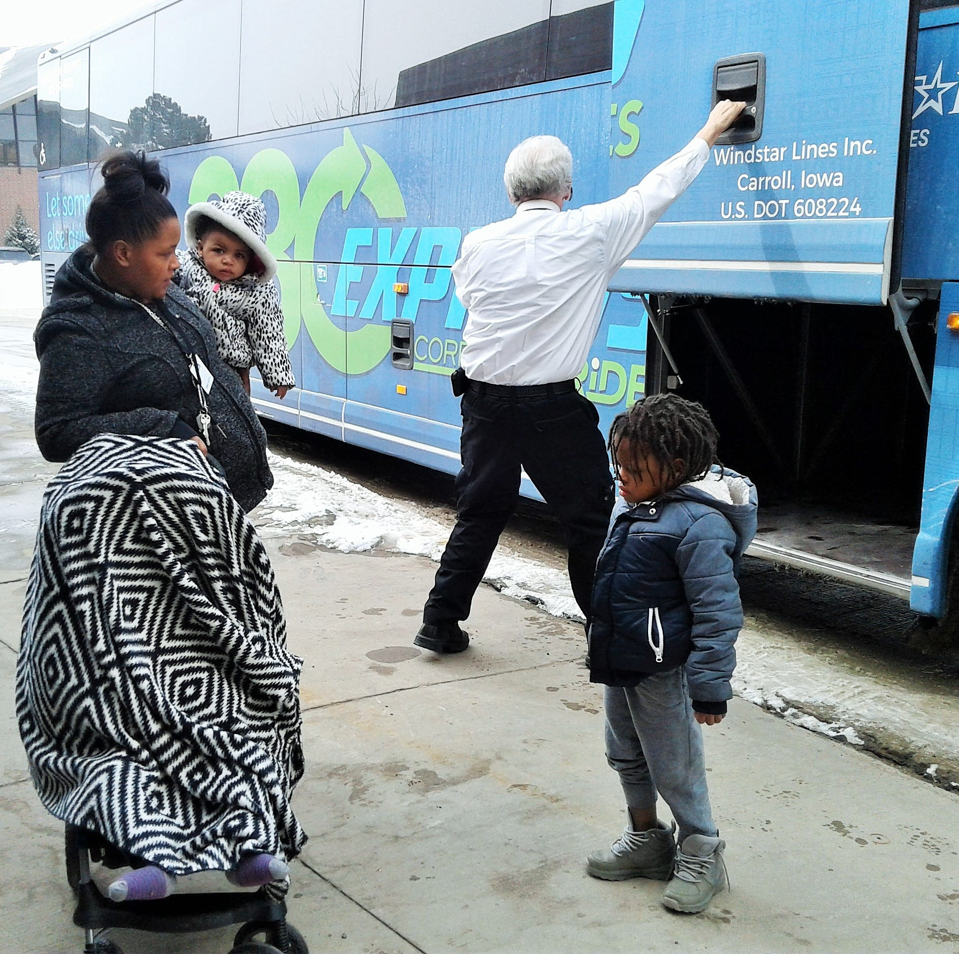 380 Express a hit so far with commuters, families