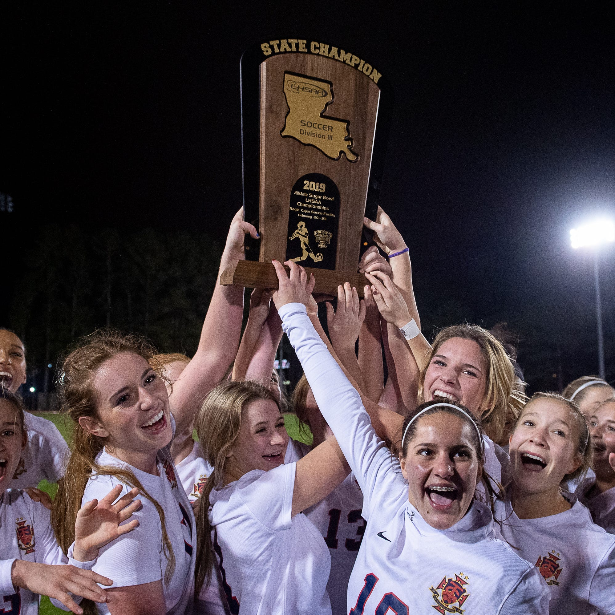 Teurlings Catholic shuts out Vandebilt in Division III girls soccer championship